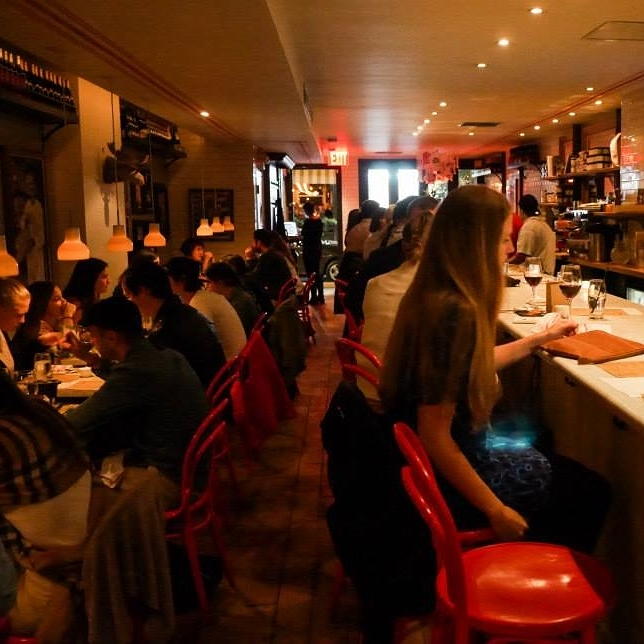 hello getaway, city guide, nyc, murrays cheese bar