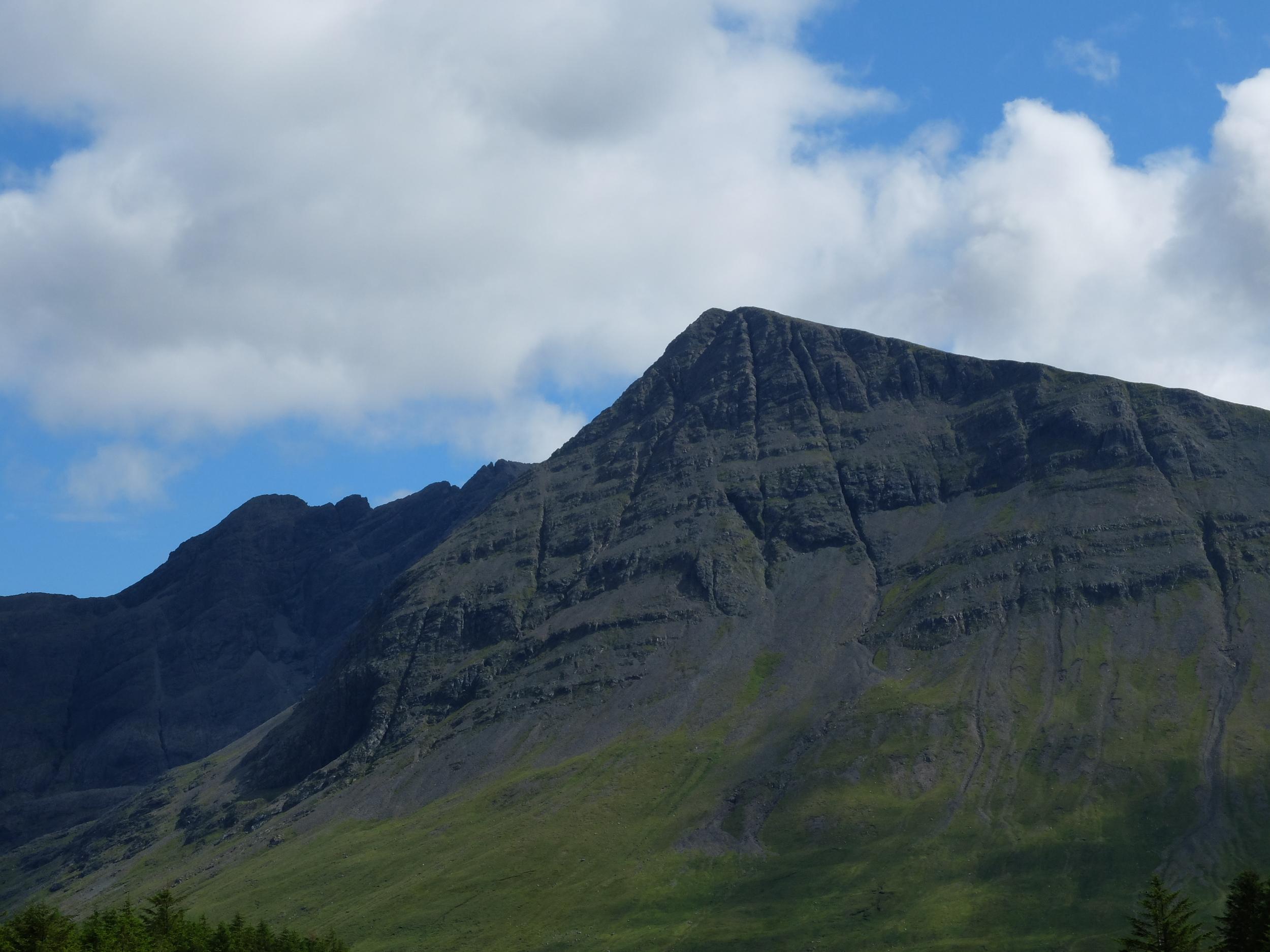 hello getaway, scotland, isle of skye, mountains