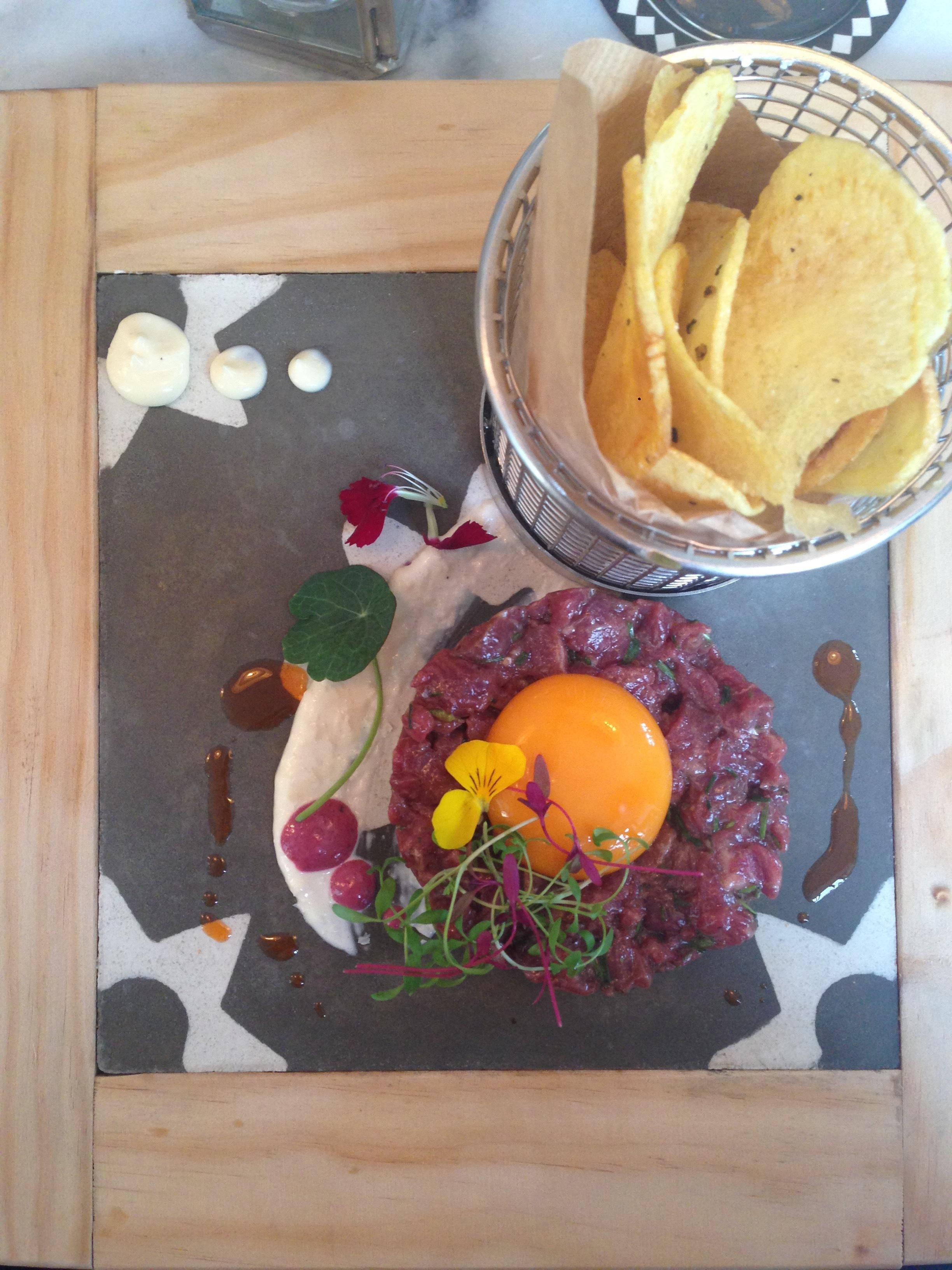 steak tartar lisbon hello getaway cityguide espumantaria do petisco