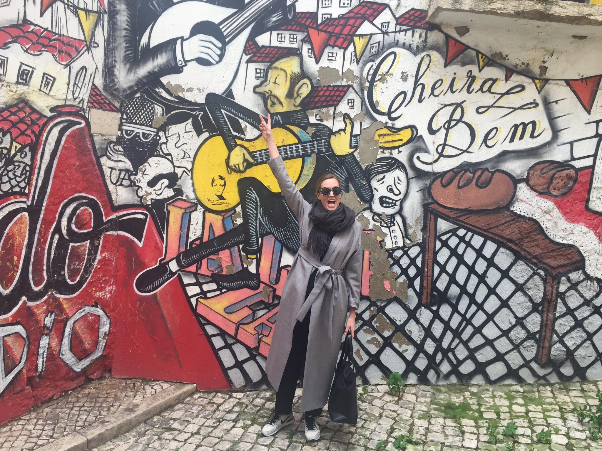 hello getaway, city guide lisbon portygal