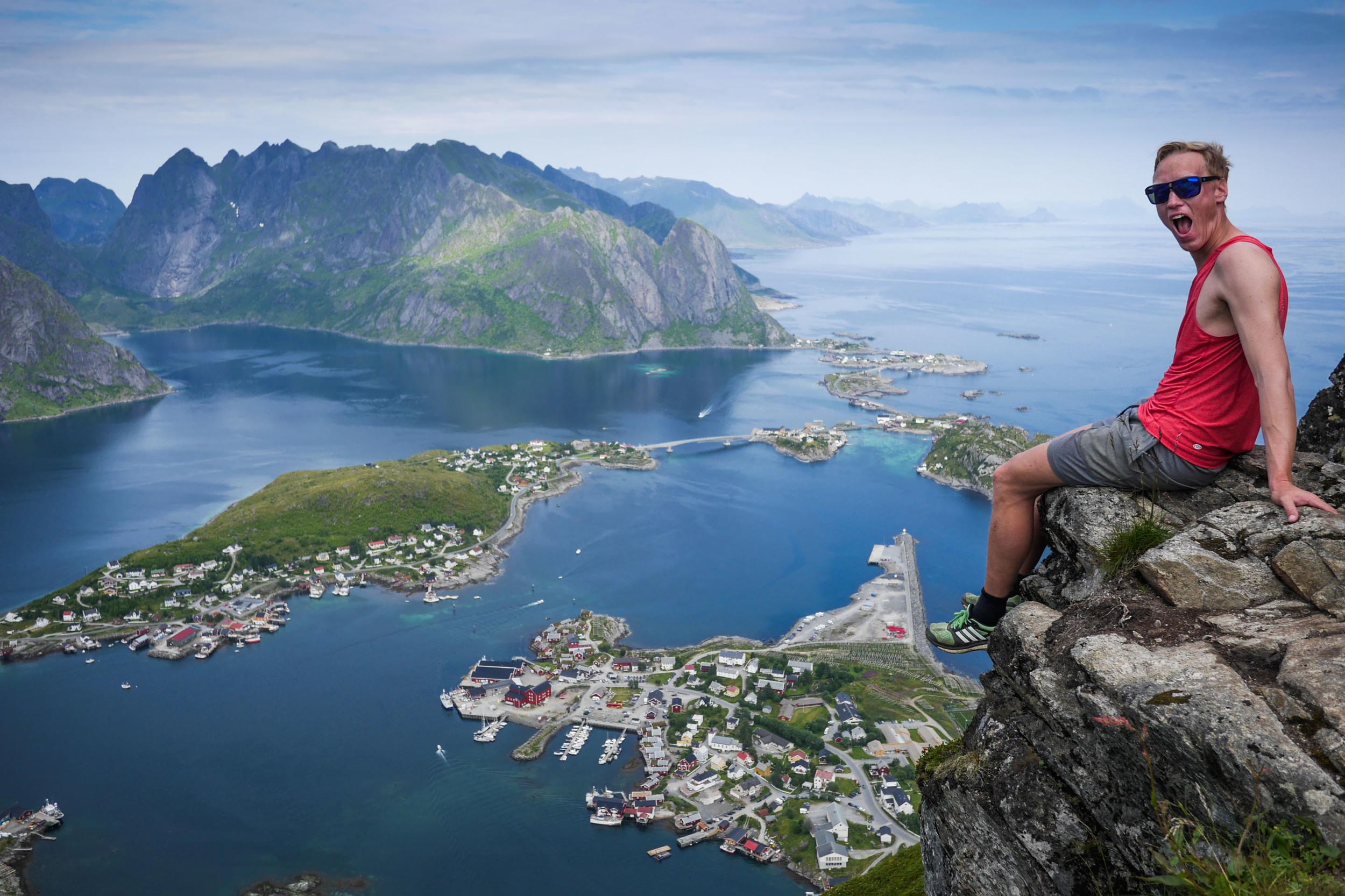 reinebringen hike lofoten norge norway