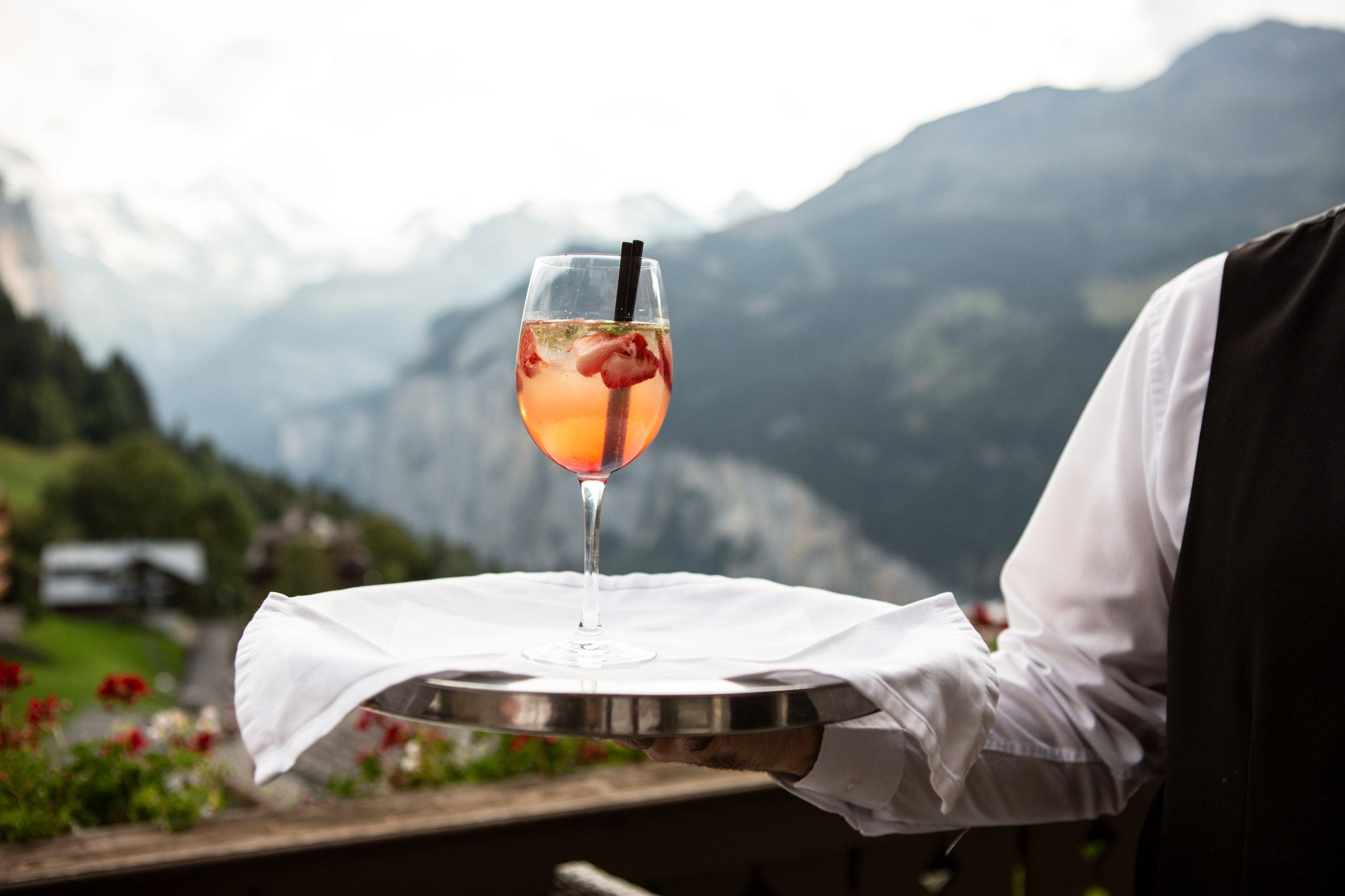 PASSED WHITE WINE & PROSECCO - white wine, prosecco, water, rentals, staff