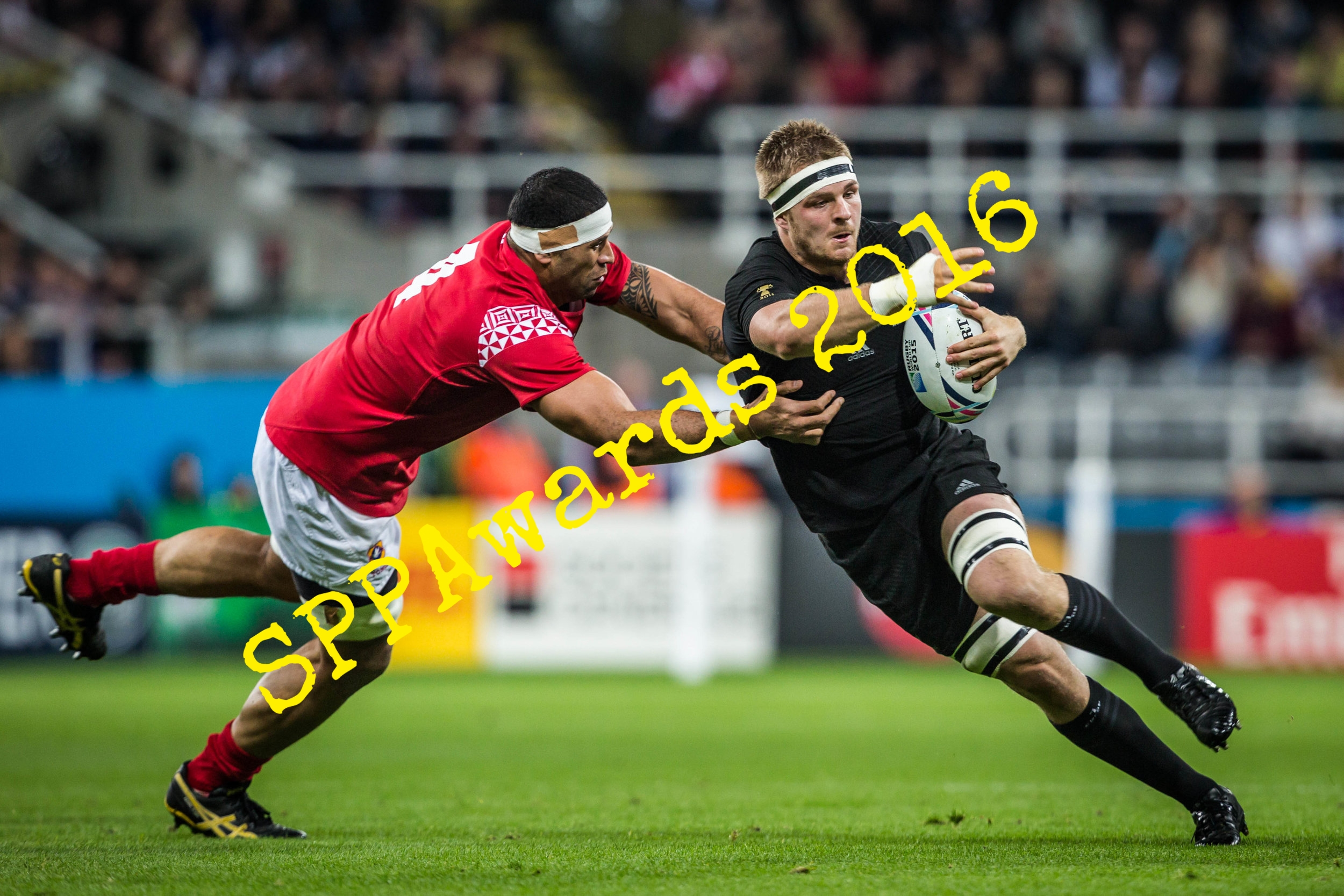 SPORTS ACTION - Tackling an All Black.JPG