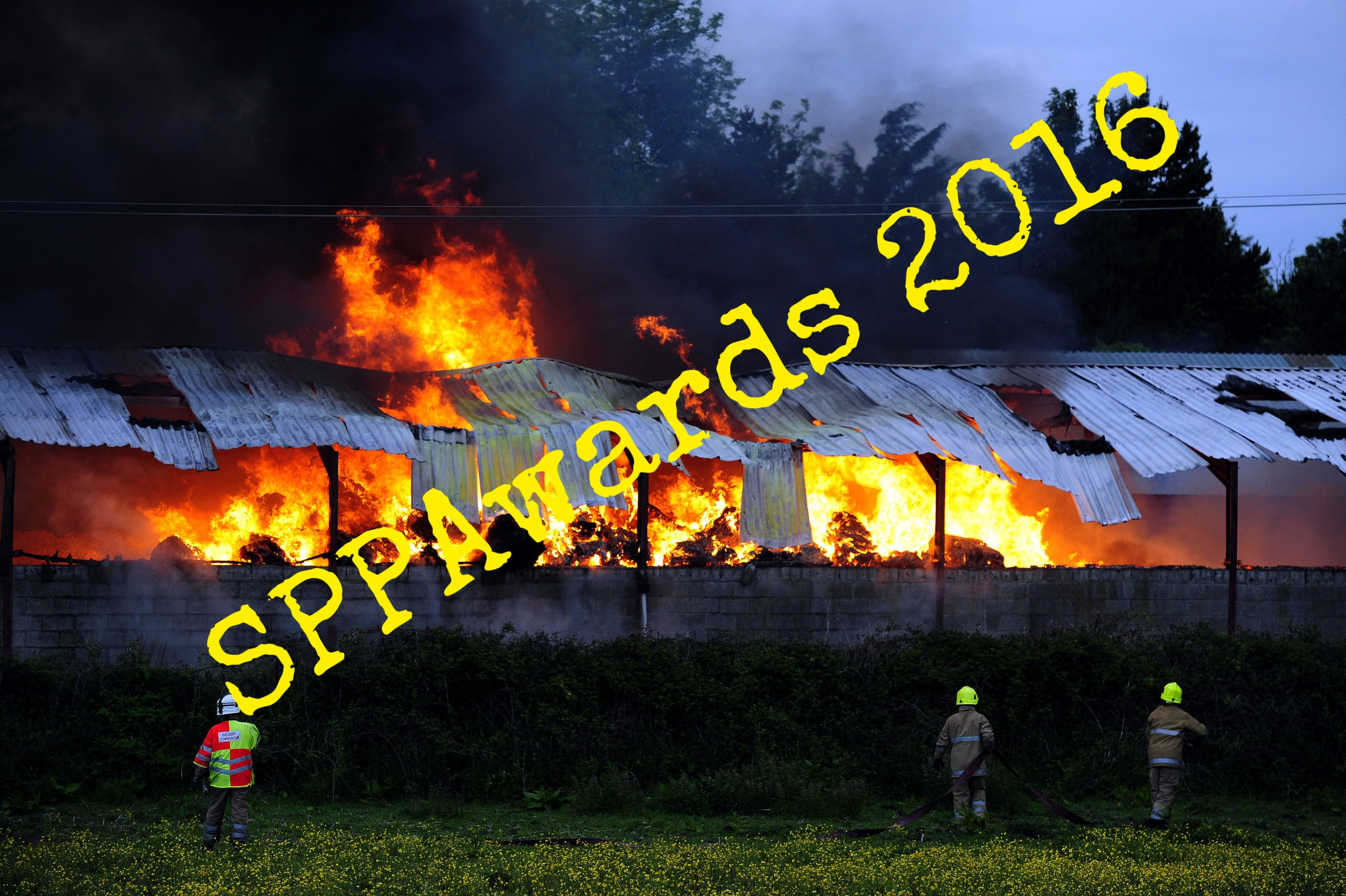 News Park Hall Farm Fire.jpg