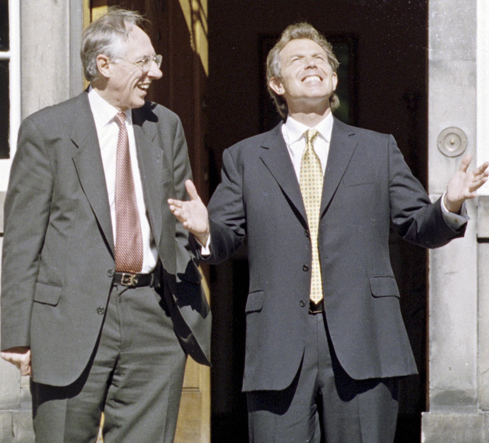 (20-20 Vision) Tony Blair meets Donald Dewar in the sushine.jpg