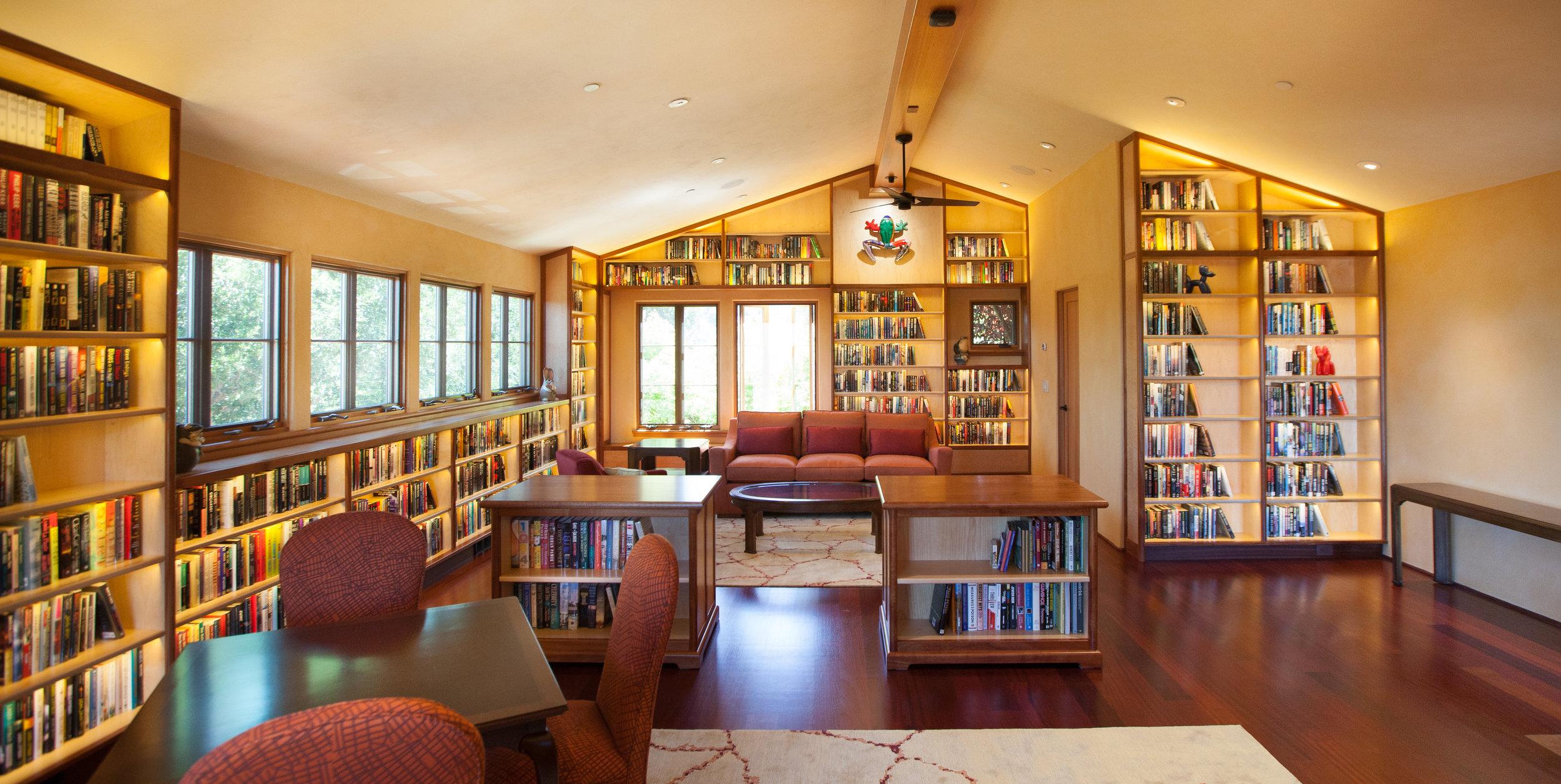 Helms-OLoughlin-library-14.jpg