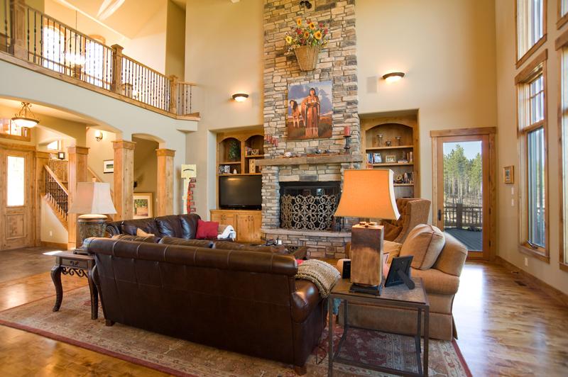 Endsley - living room.jpg