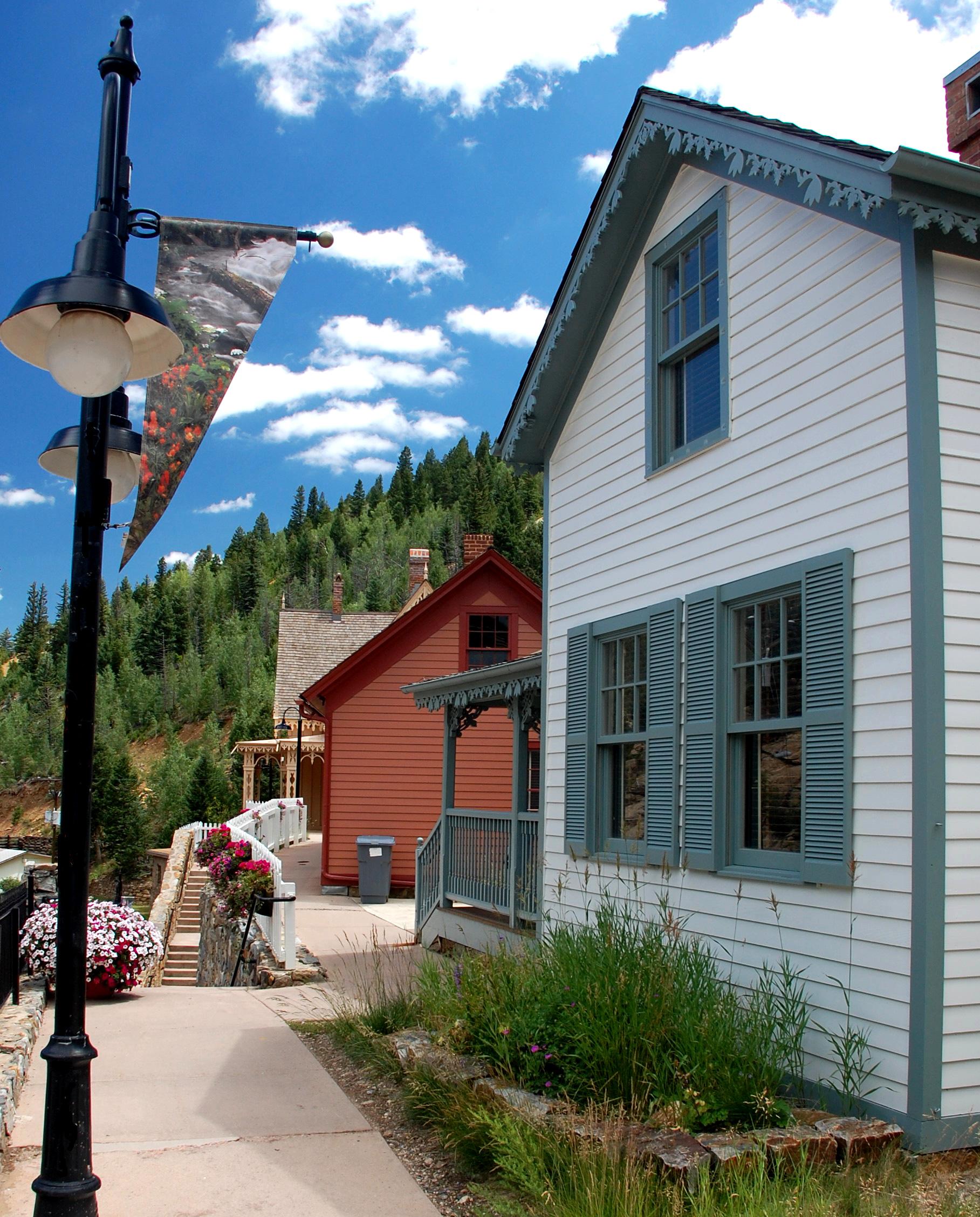 blackhawk house A.JPG