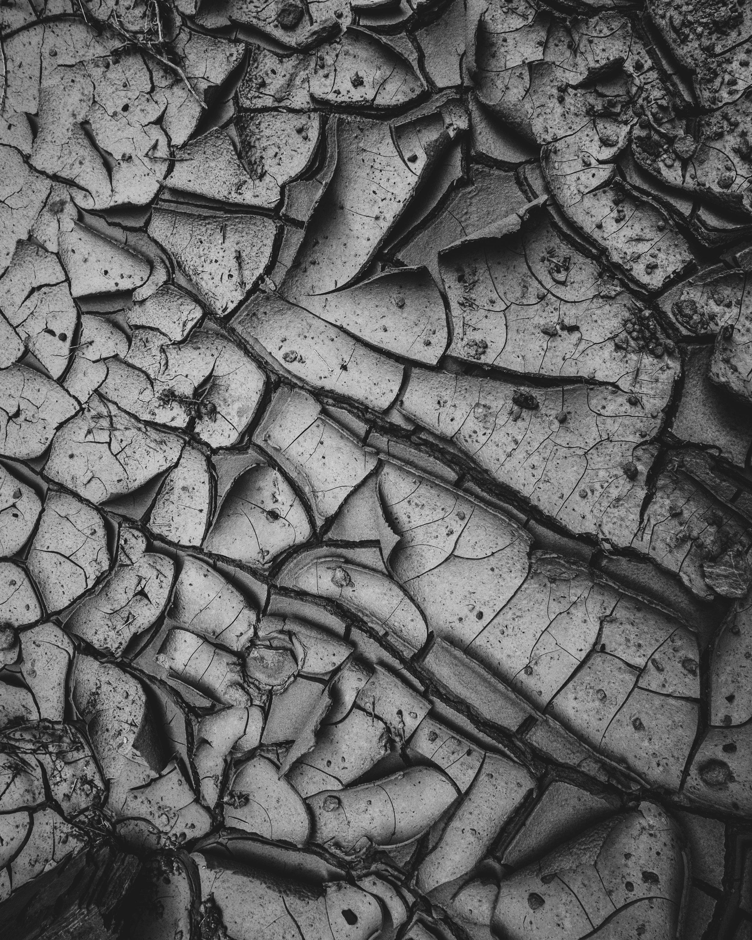 Cracked-1.jpg