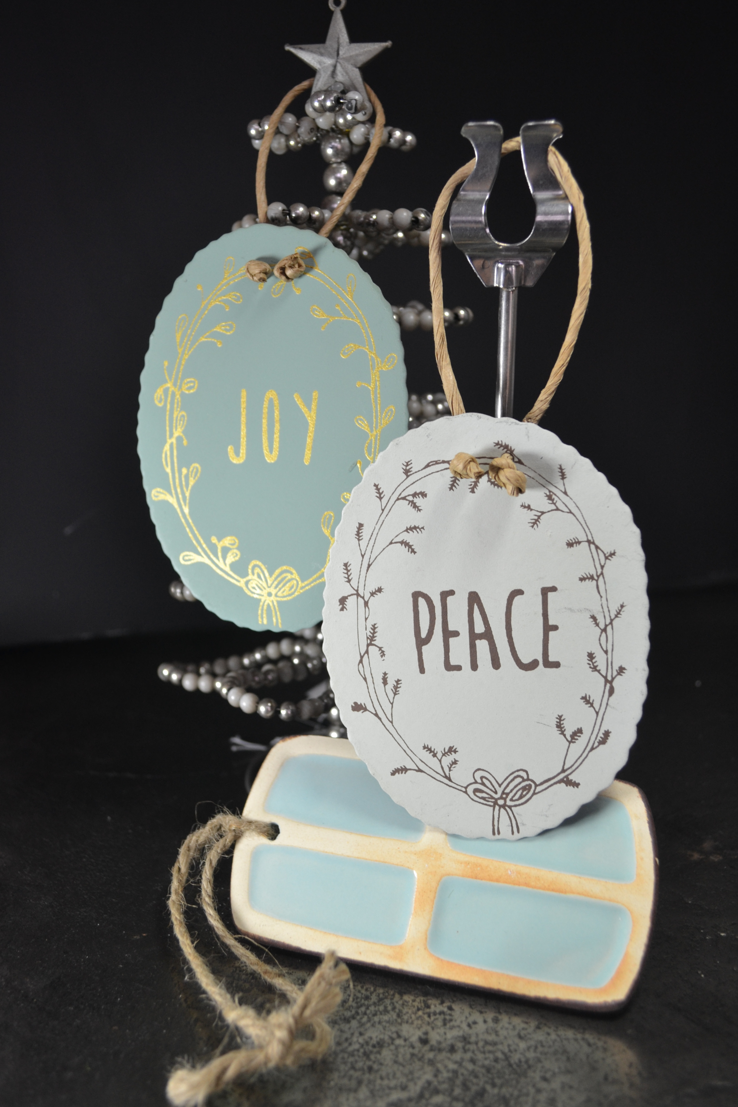 holiday hangtags