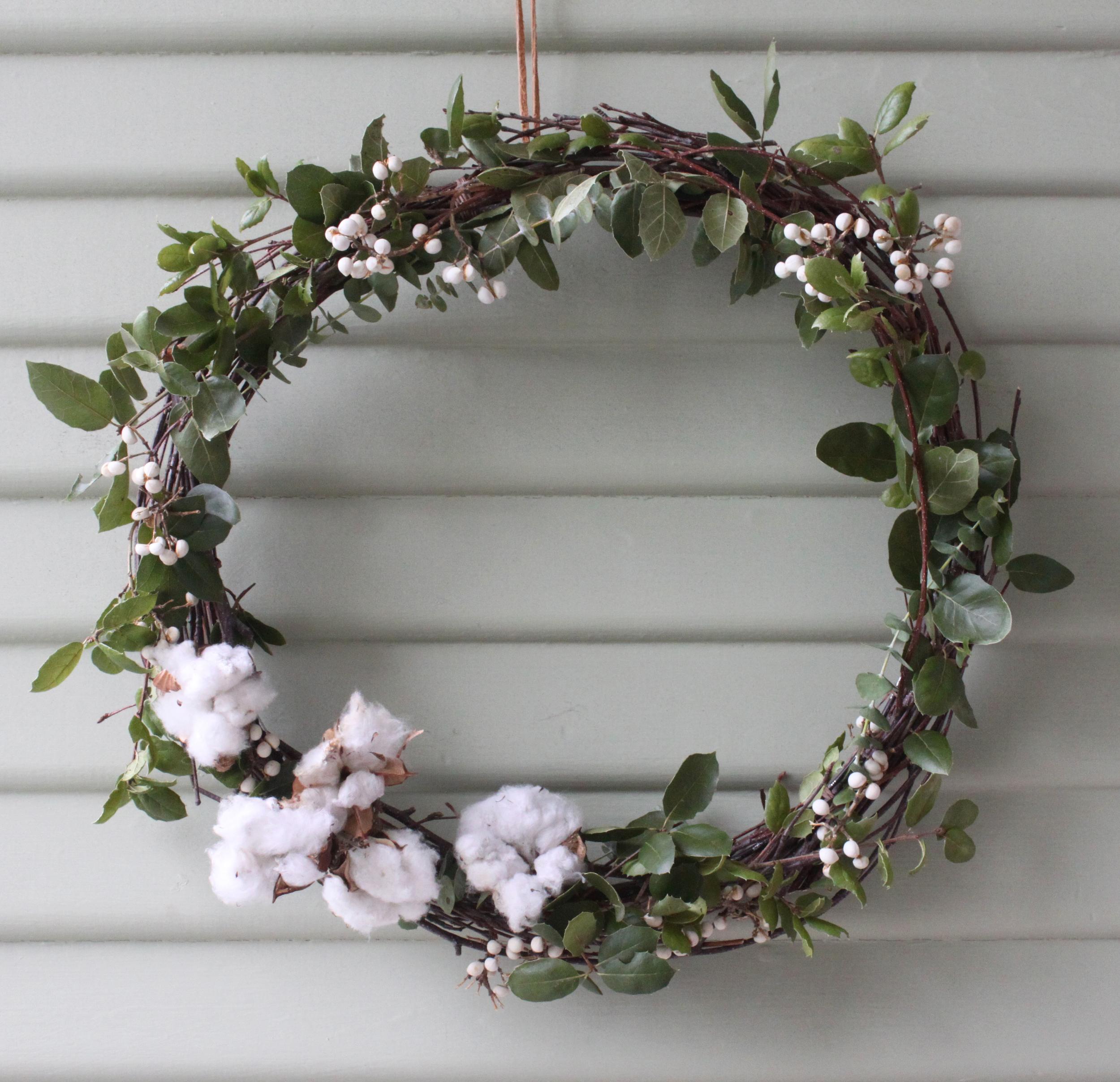 paiko wreath