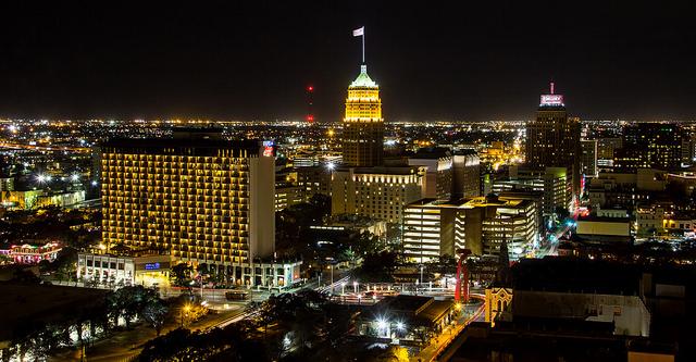 Austin Texas Capital Valet Trash by National | 844-APT-TRASH