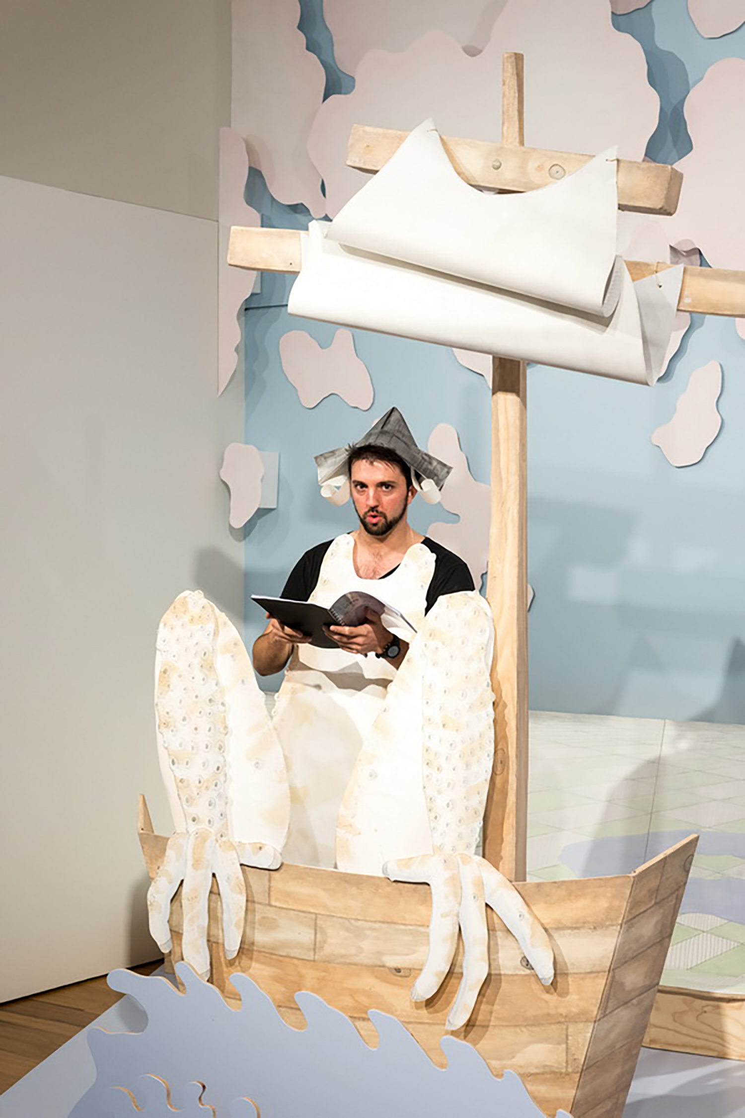 Swan Song #7 (performance still), 2014, 10:00 minutes, Photo: Museum of Brisbane