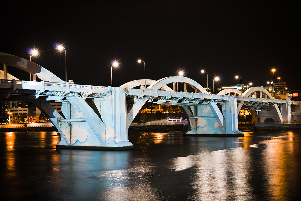 Oz Clouds, 2016, Light Projection and Bridge, Dimensions Variable, Commissioned by Brisbane City Council, Photo: Mish Photography