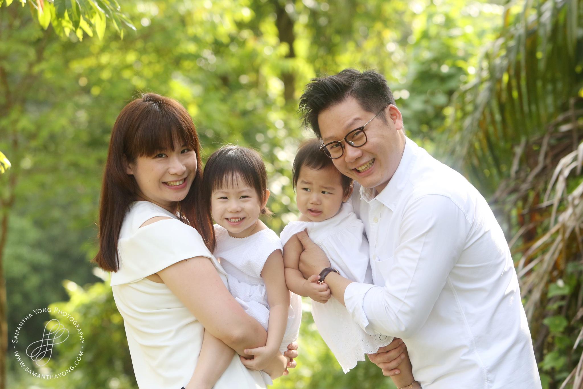 Family Portrait 18.jpg