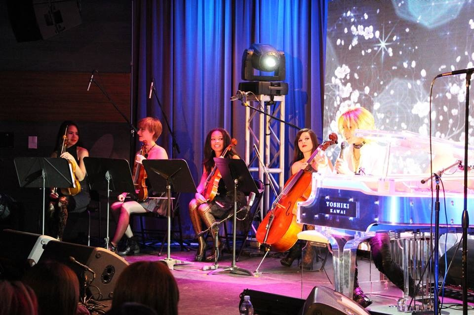 Performance with Yoshiki at the Grammy Museum   August 2013  · Los Angeles