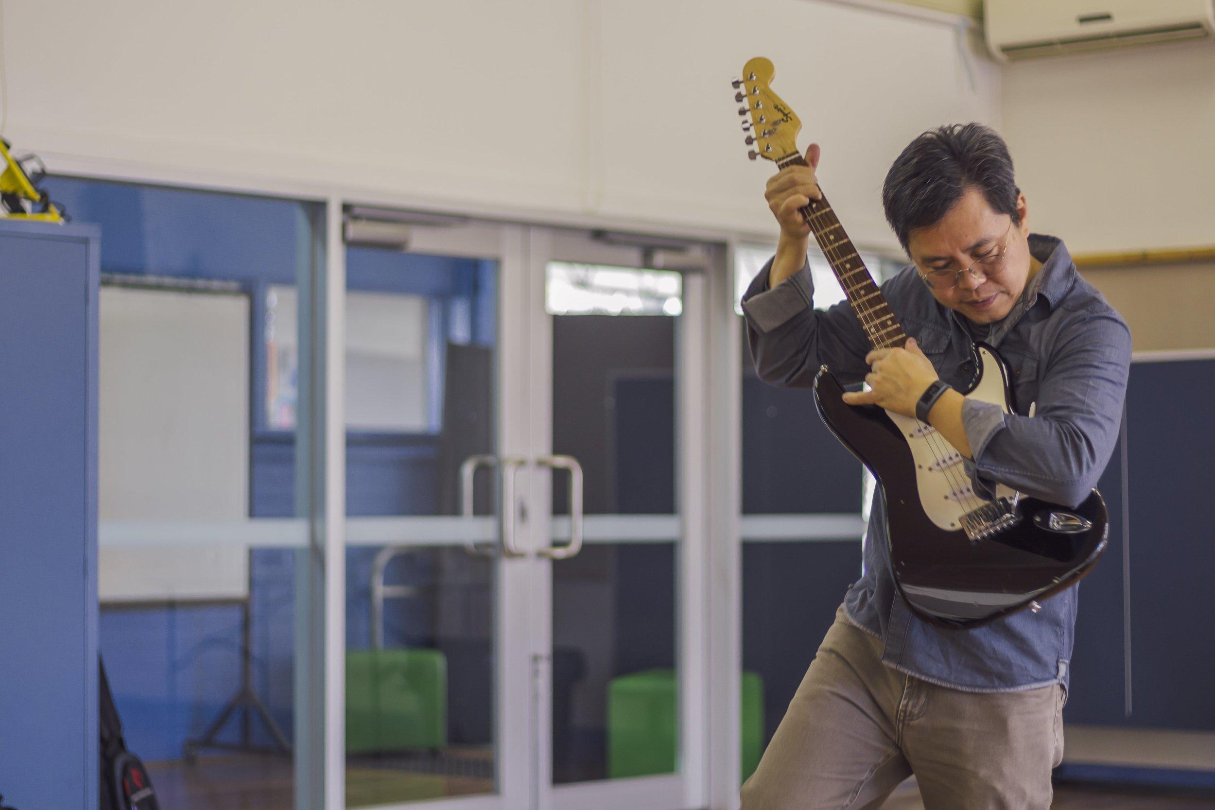 dad guitar-min.jpg