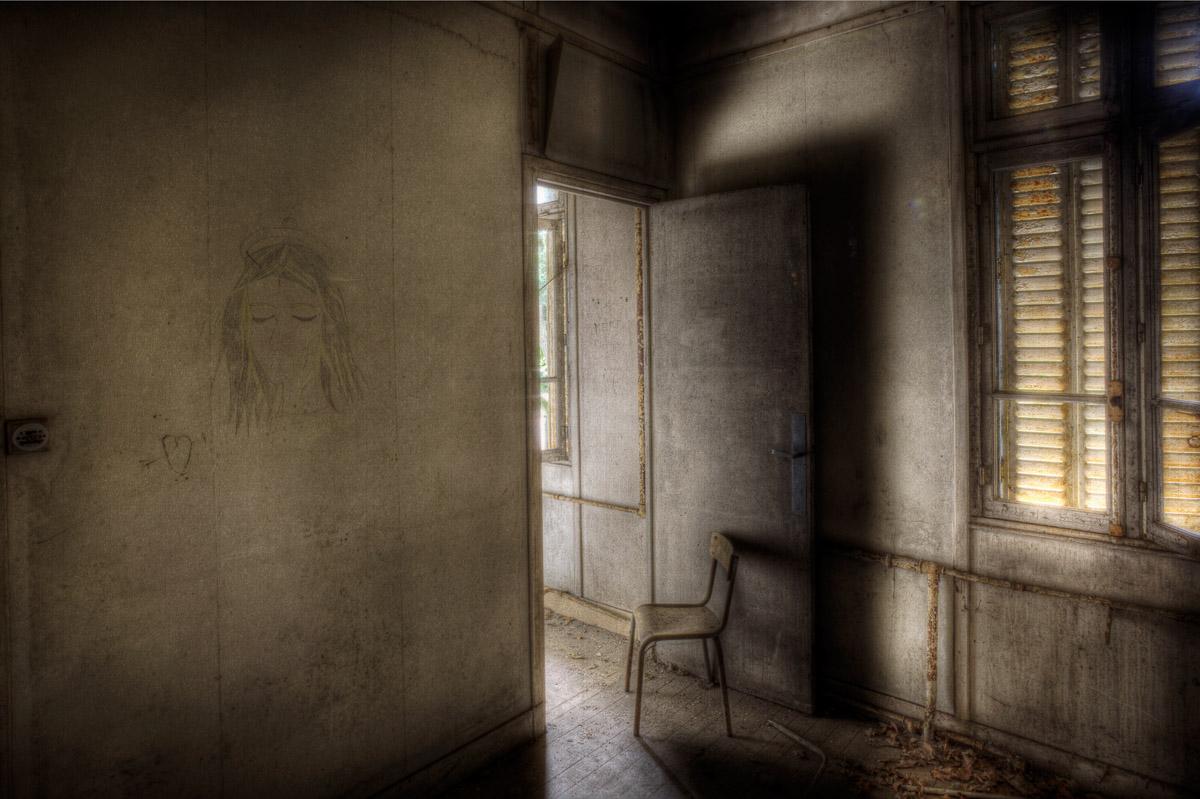 Lieux abandonnés - le préventorium Laelec - dessin d'un amoureux
