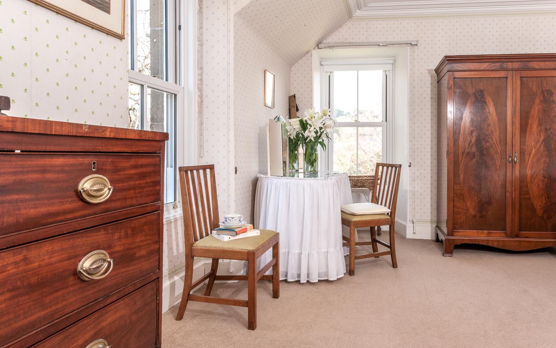 Twin Bedroom 1 - detail