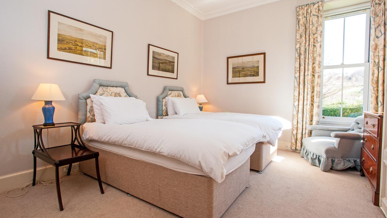 Twin Bedroom 4 (ground floor, step free access)