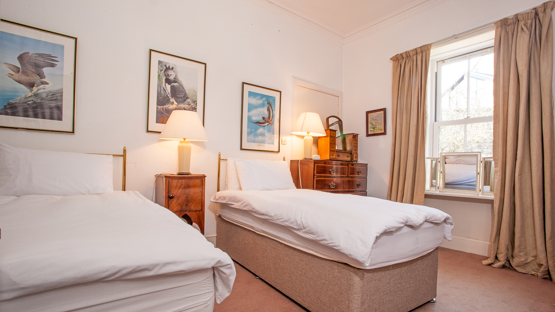 Twin Bedroom 5 (ground floor, step free access)