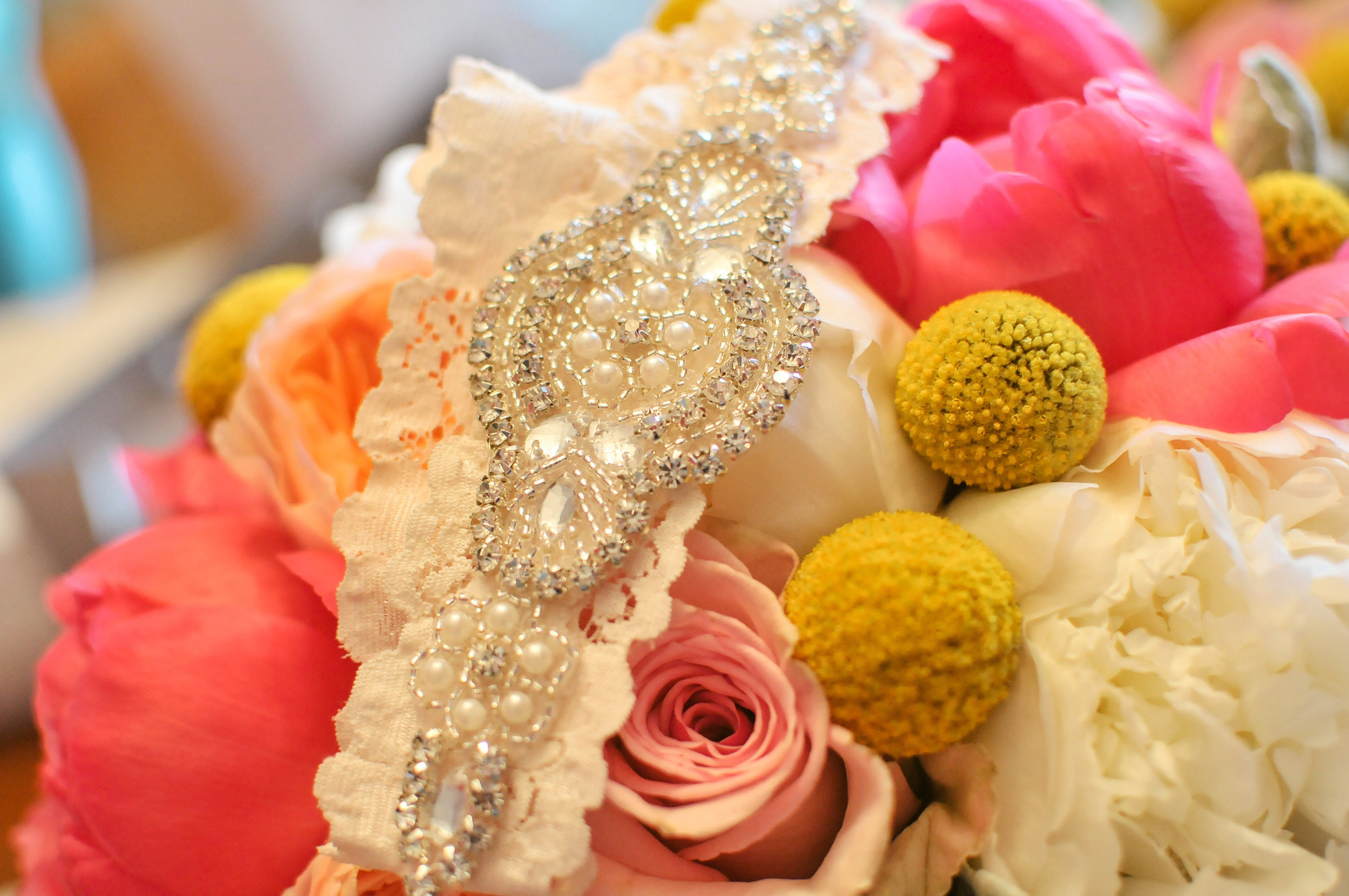cornerstone-buidling-peoria-wedding-photographer-5.jpg