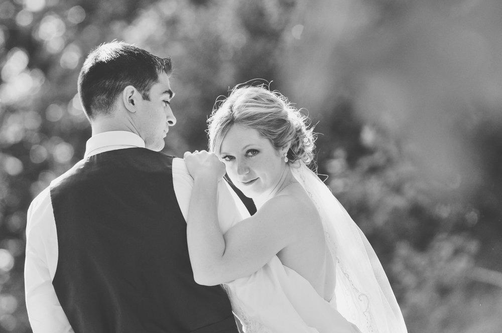 birdhaven-greenhouse-joliet-illinois-wedding-photographer-21.jpg