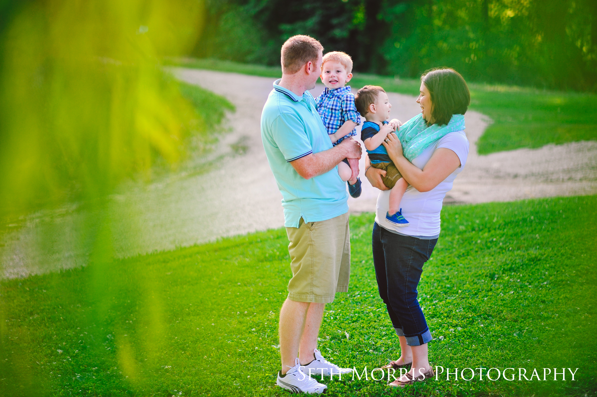 red-barn-family-pictures-10.JPG