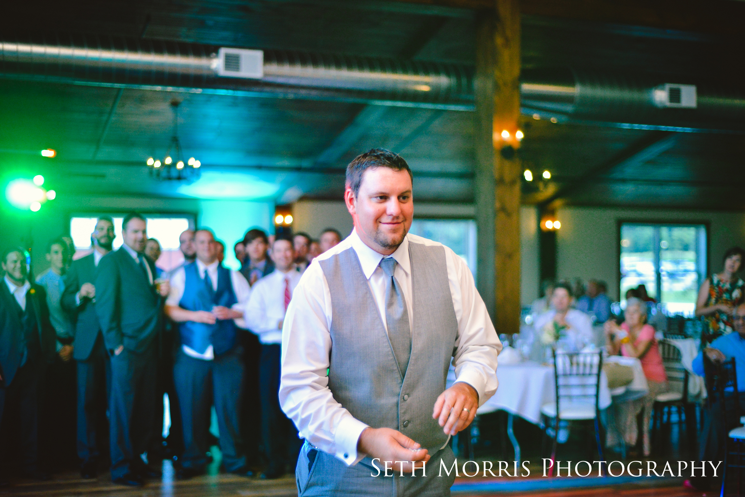 hornbaker-barn-wedding-photo-princeton-photographer-88.jpg