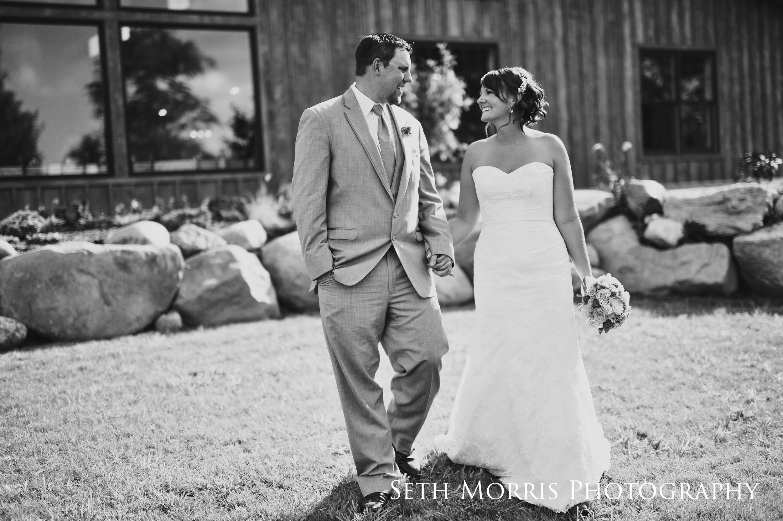 hornbaker-barn-wedding-photo-princeton-photographer-51.jpg