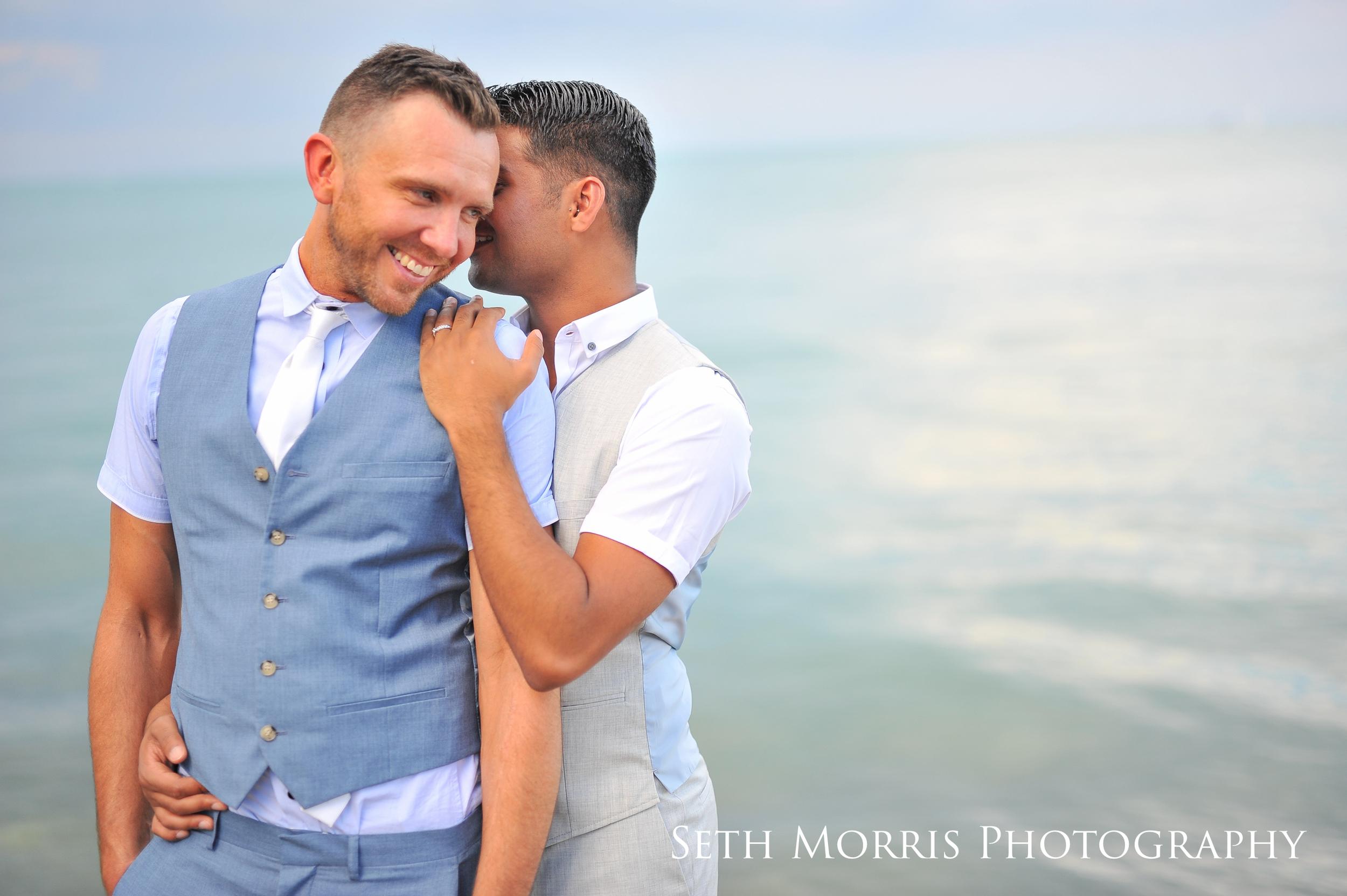 chicagoland-engagement-photographer-same-sex-wedding-4.JPG