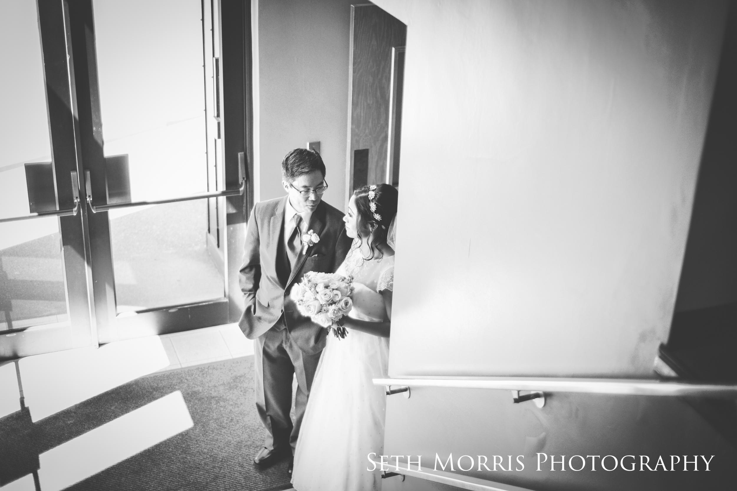 galesburg-wedding-photographer-visions-venue-13.JPG