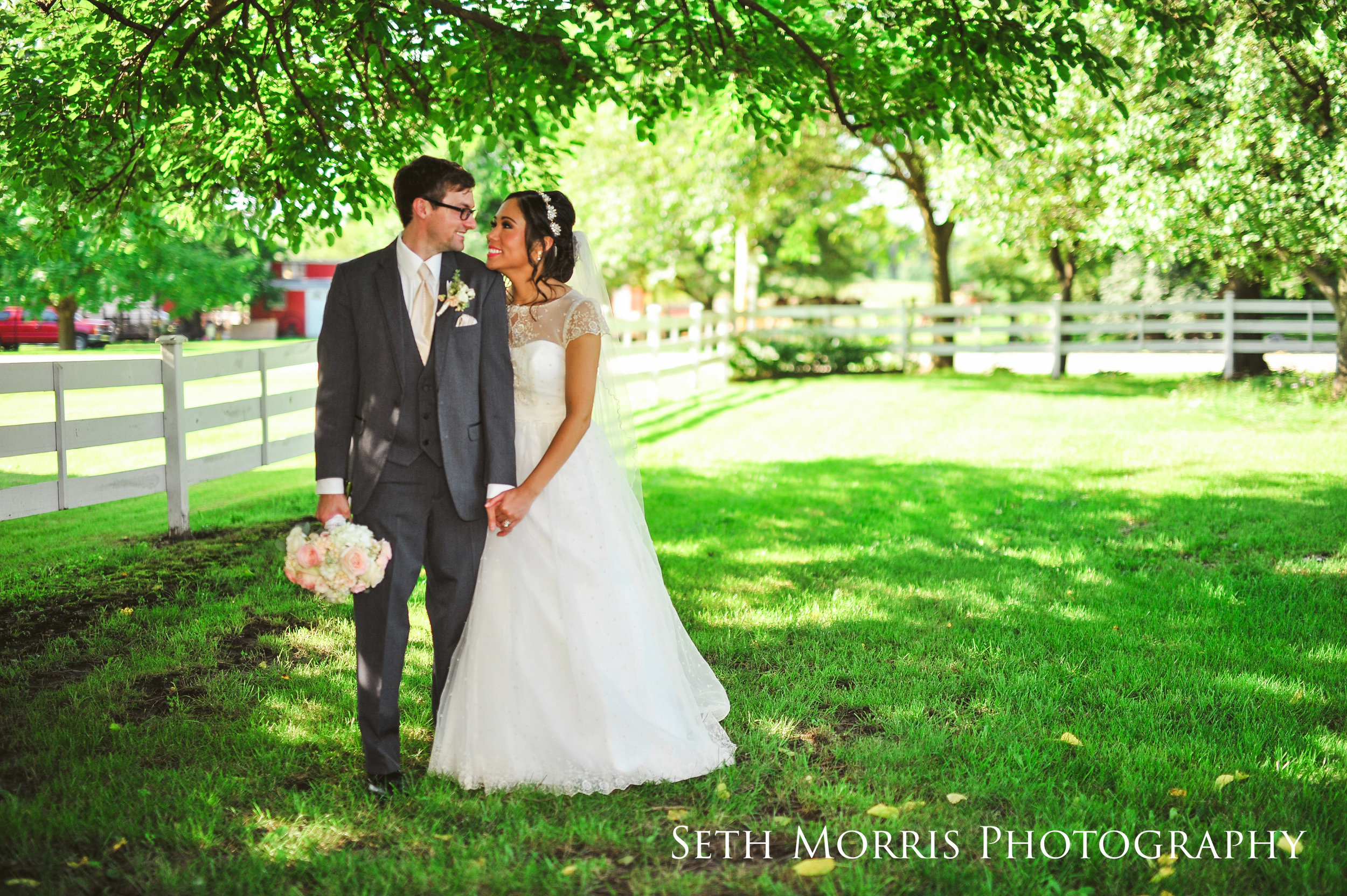 galesburg-wedding-photographer-visions-venue-37.JPG