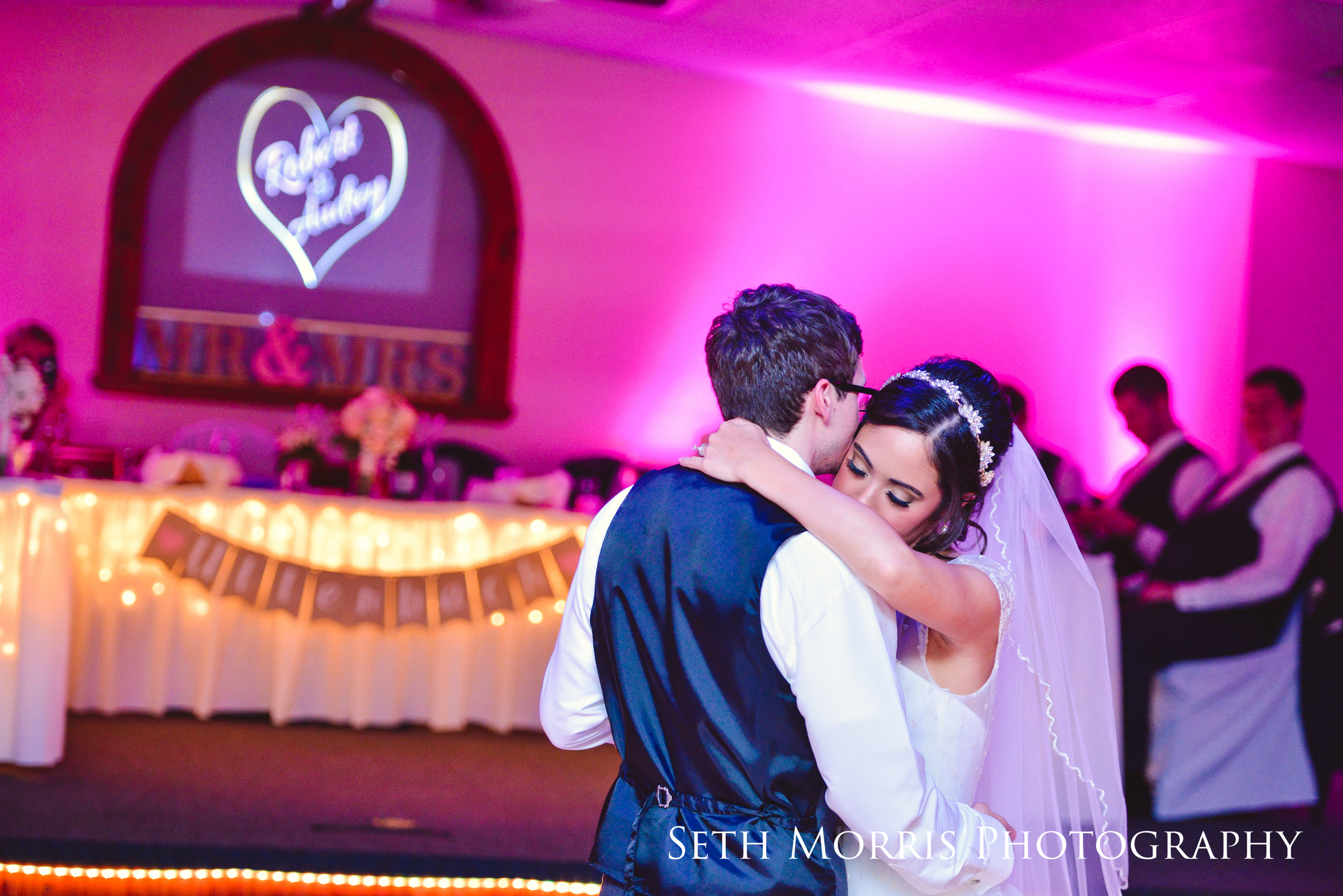 galesburg-wedding-photographer-visions-venue-51.JPG