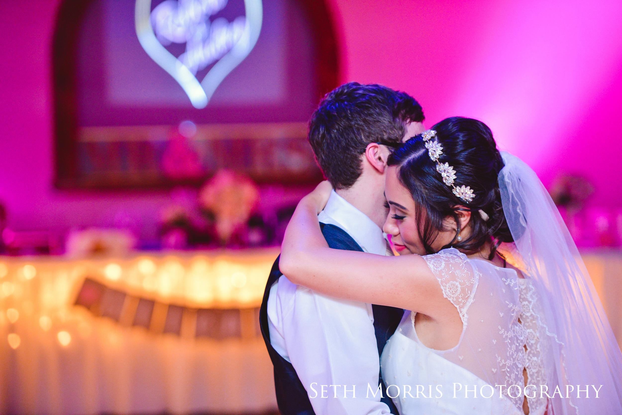galesburg-wedding-photographer-visions-venue-52.JPG