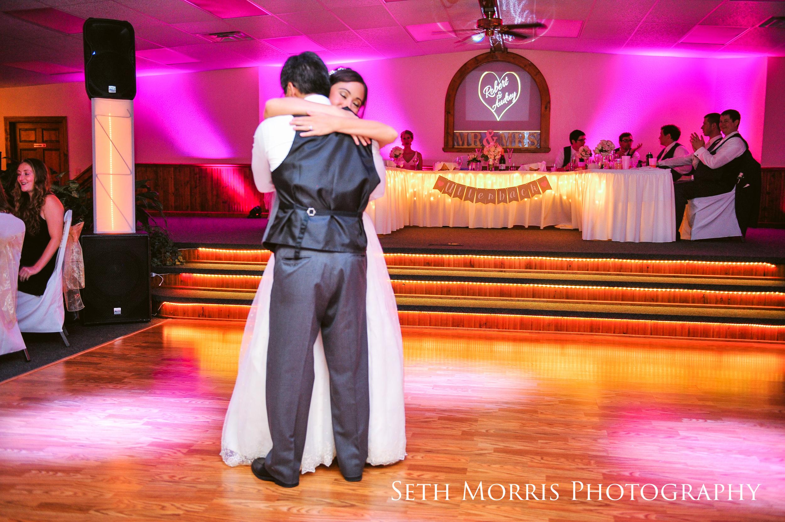 galesburg-wedding-photographer-visions-venue-55.JPG
