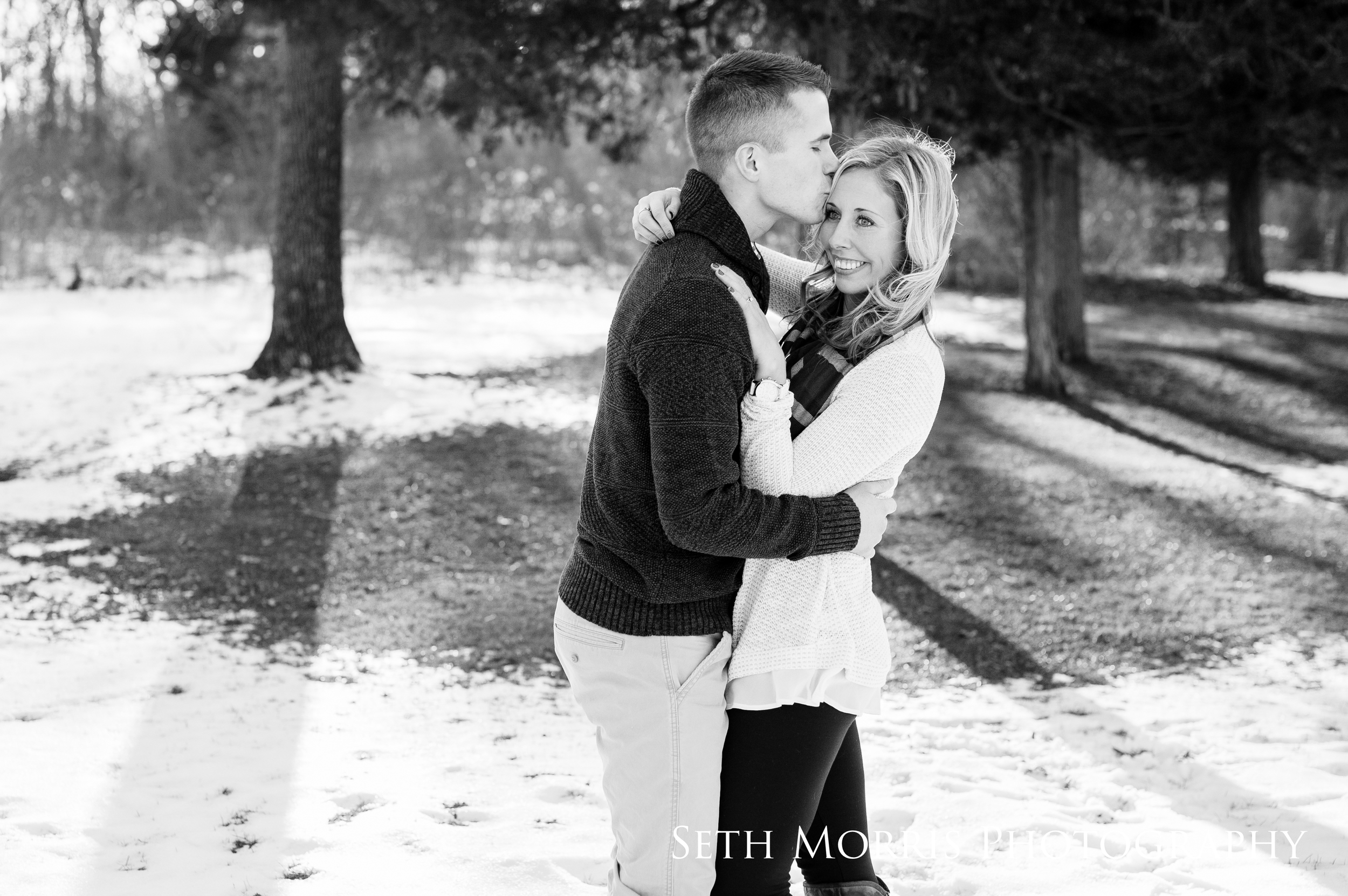 winter-engagement-pictures-starved-rock-chicago-4.JPG