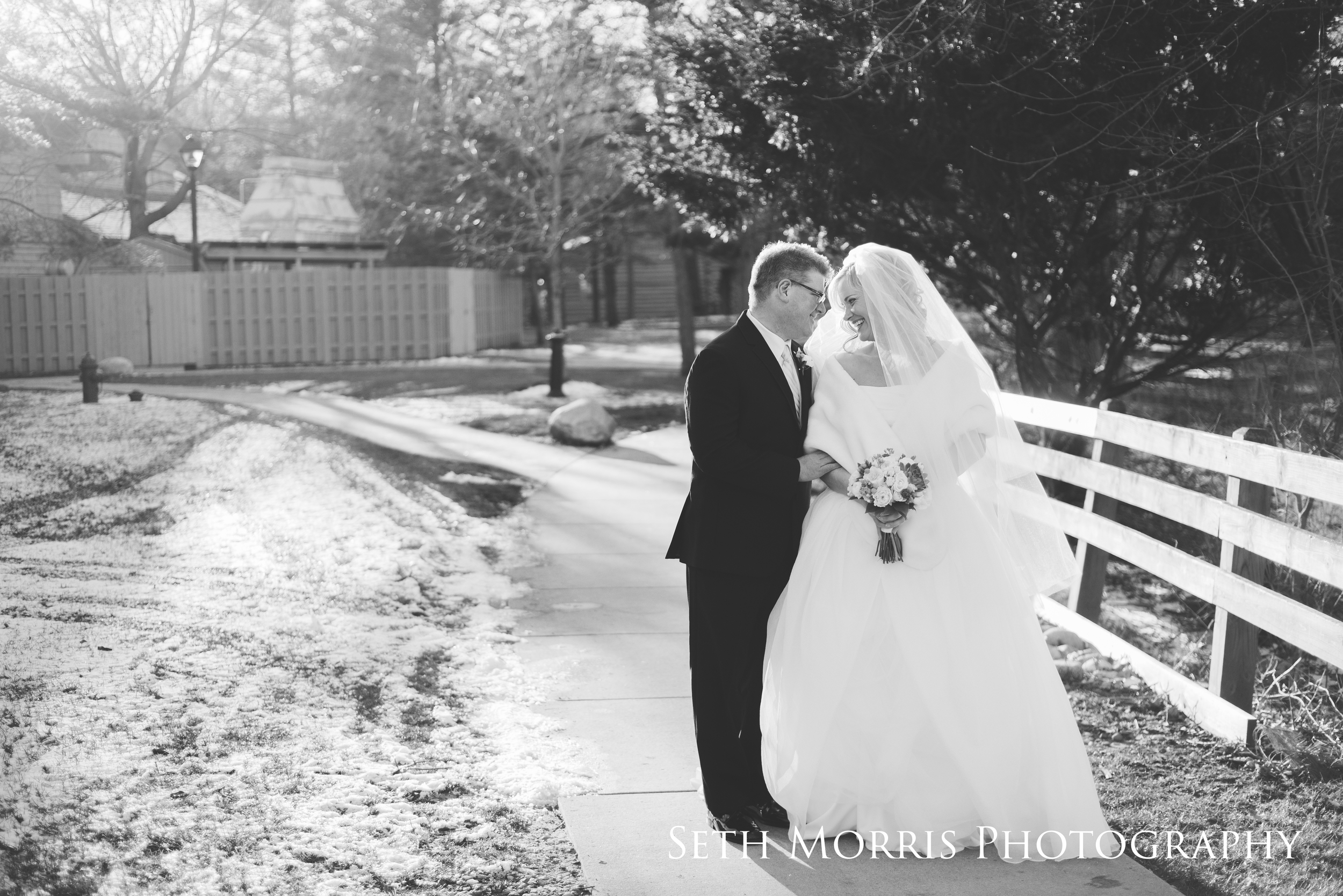 starved-rock-winter-wedding-chicago-illinois-22.JPG