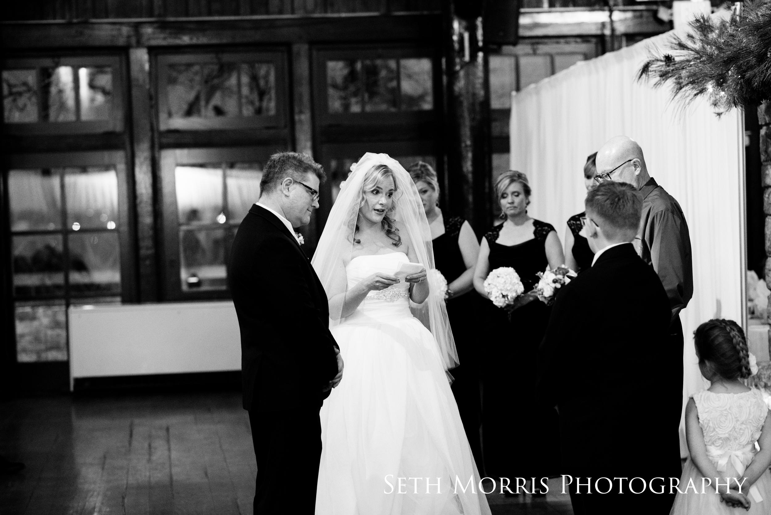 starved-rock-winter-wedding-chicago-illinois-49.JPG
