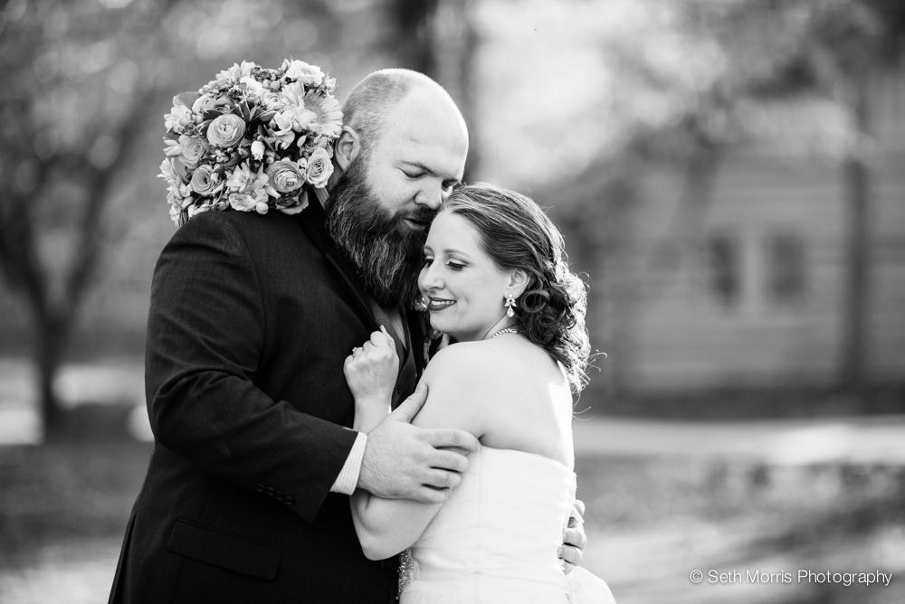 starved-rock-wedding-photographer-st-charles-wedding-45.jpg