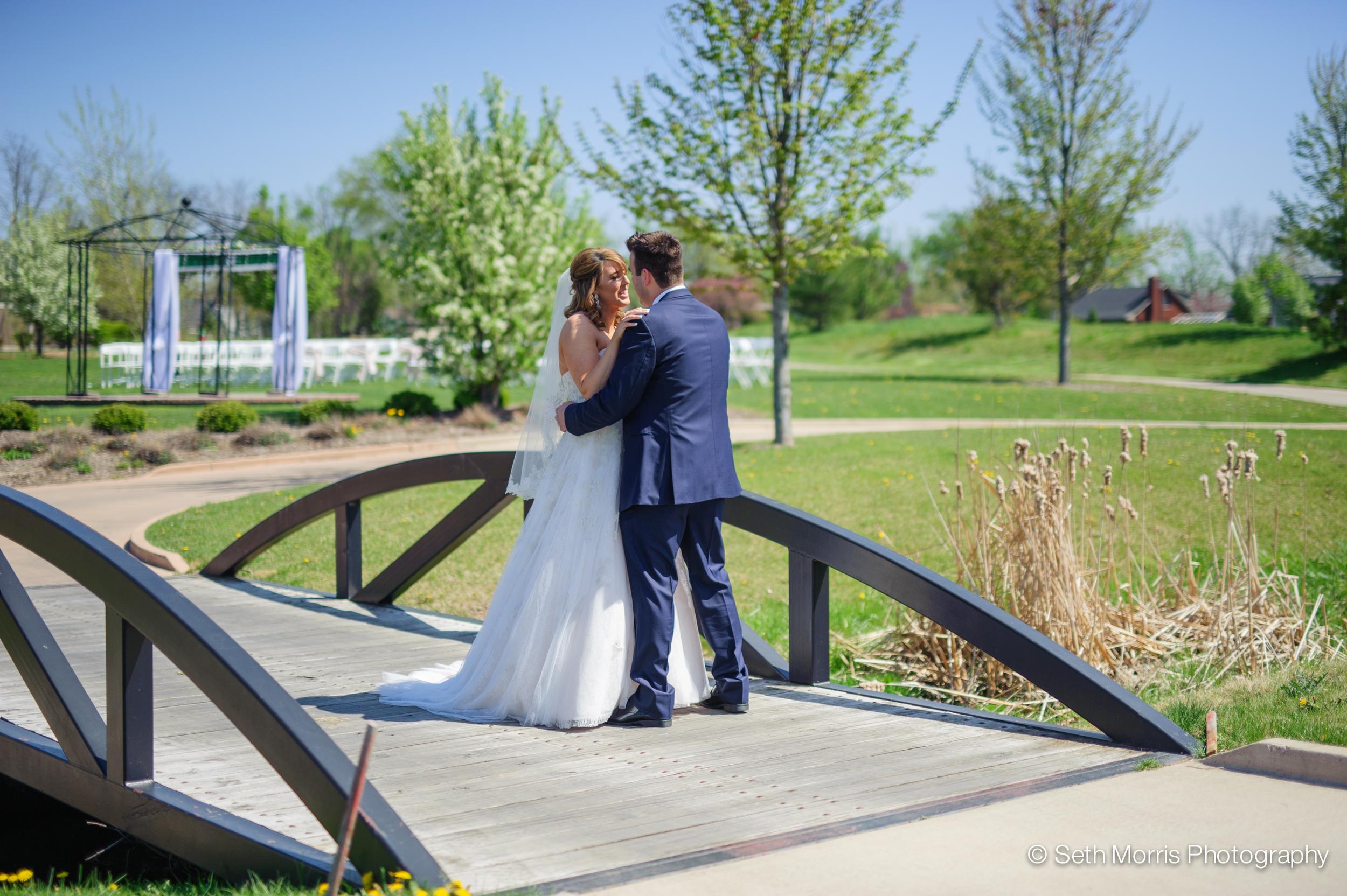 metamora-fields-wedding-photographer-peoria-106.jpg