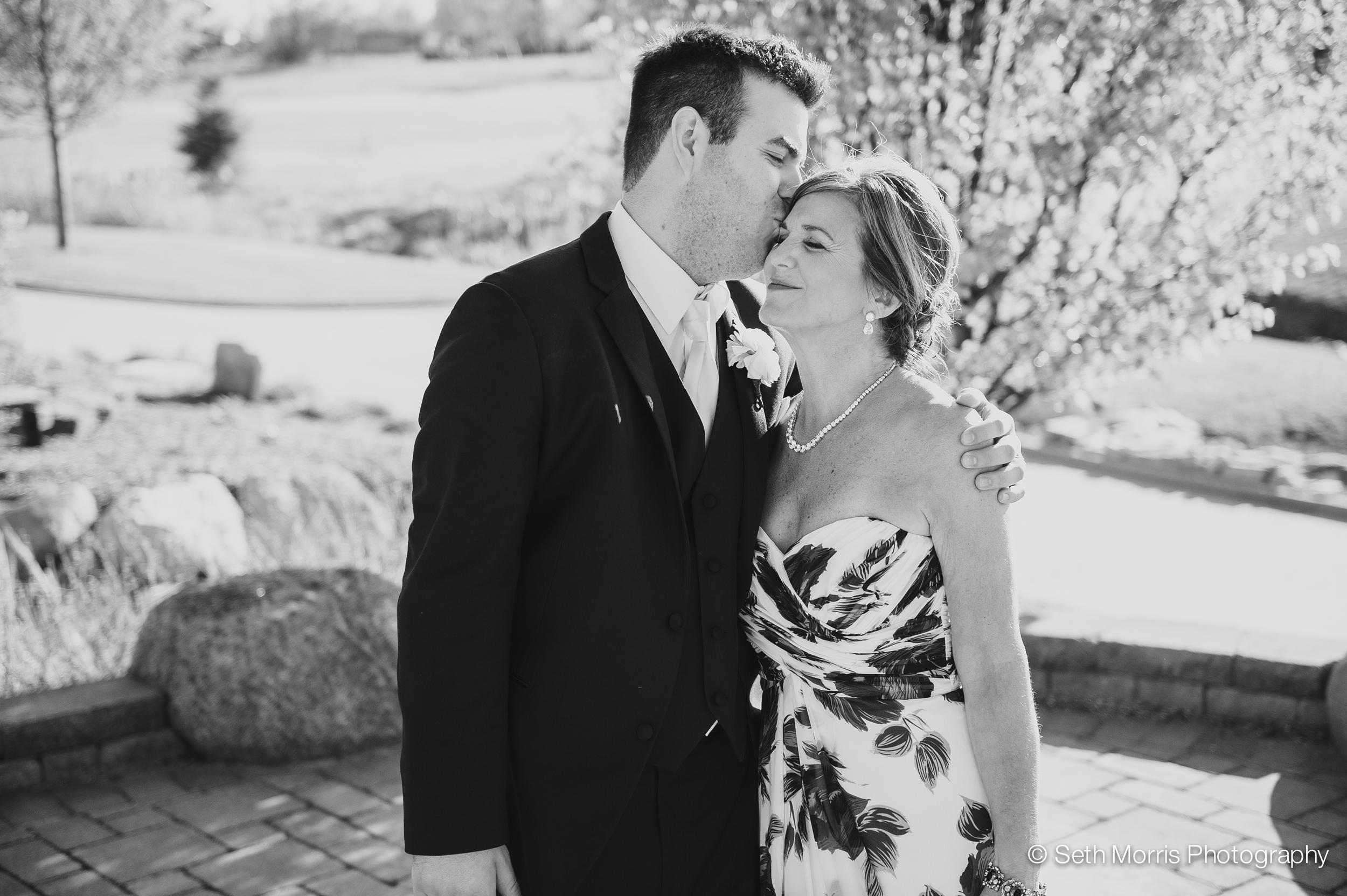 metamora-fields-wedding-photographer-peoria-165.jpg