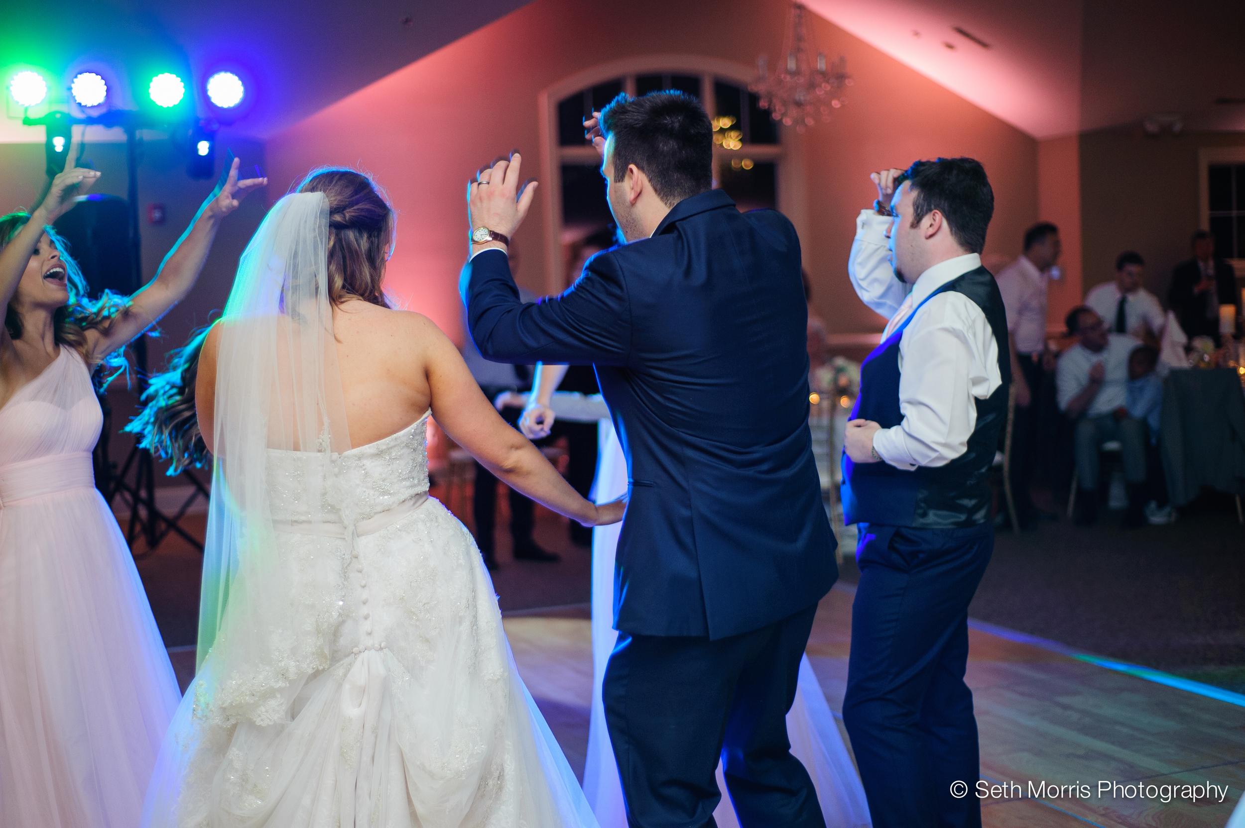 metamora-fields-wedding-photographer-peoria-195.jpg