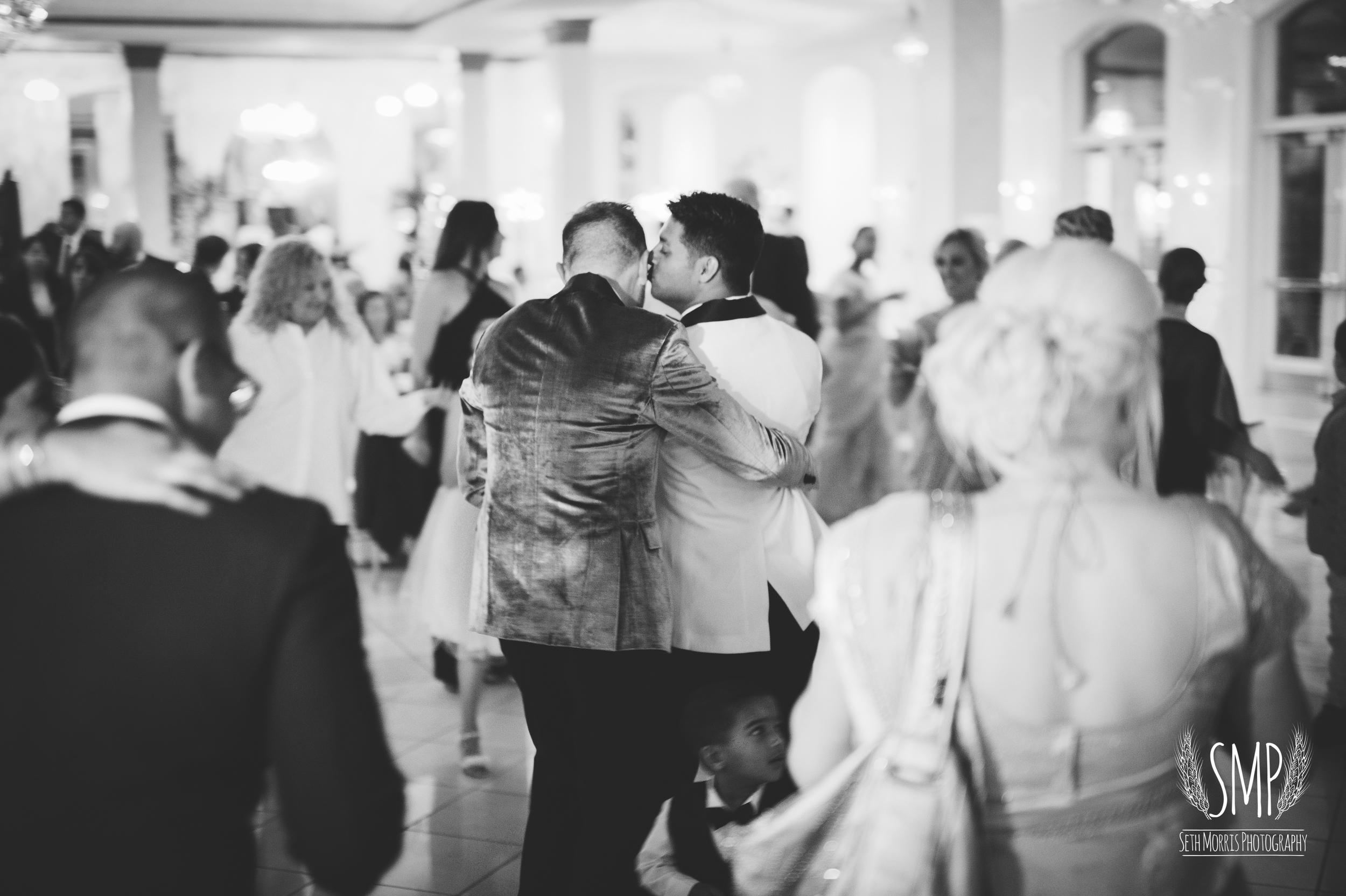 same-sex-wedding-photographer-chicago-illinois-125.jpg