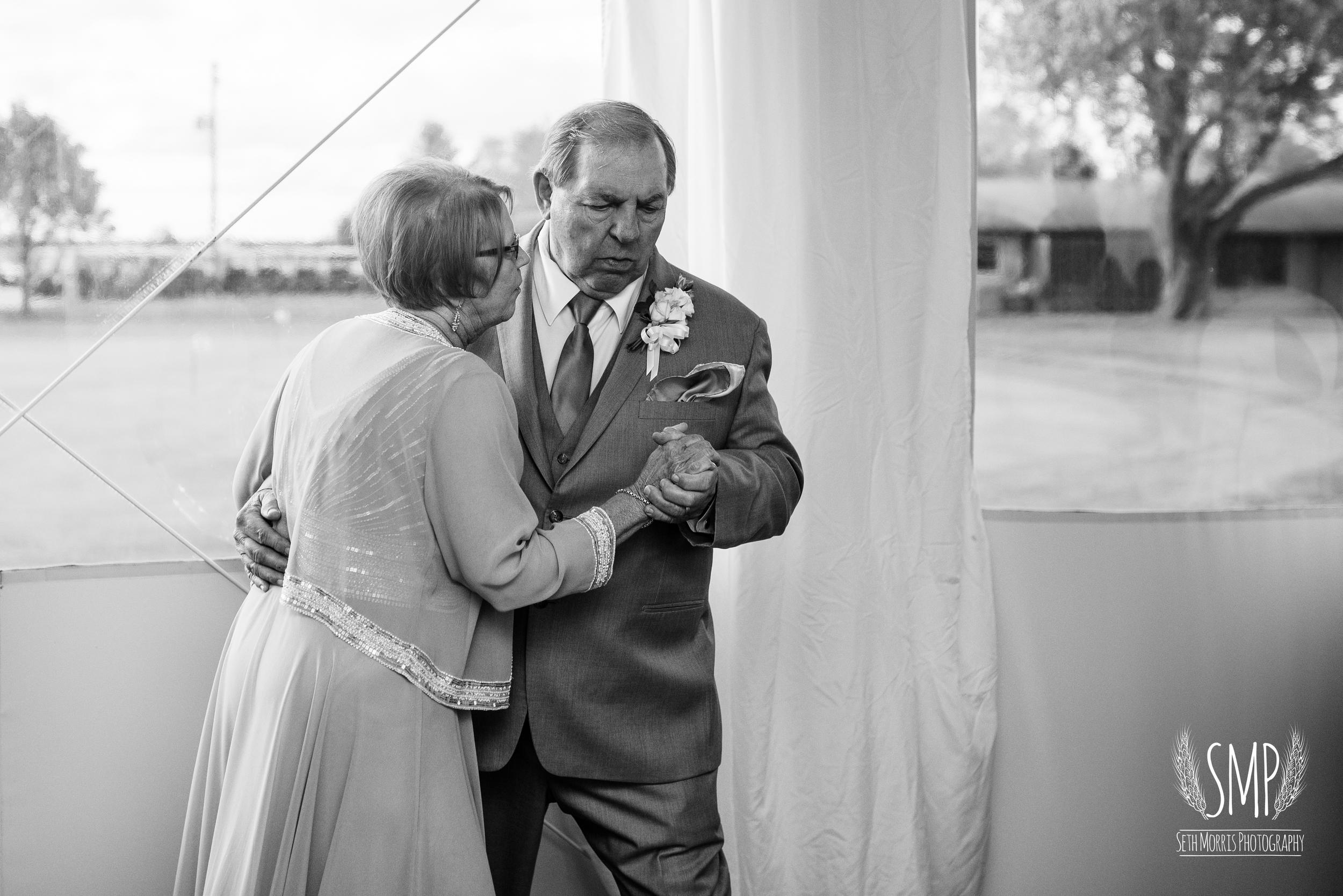 morris-country-club-spring-wedding-photographer-42.jpg