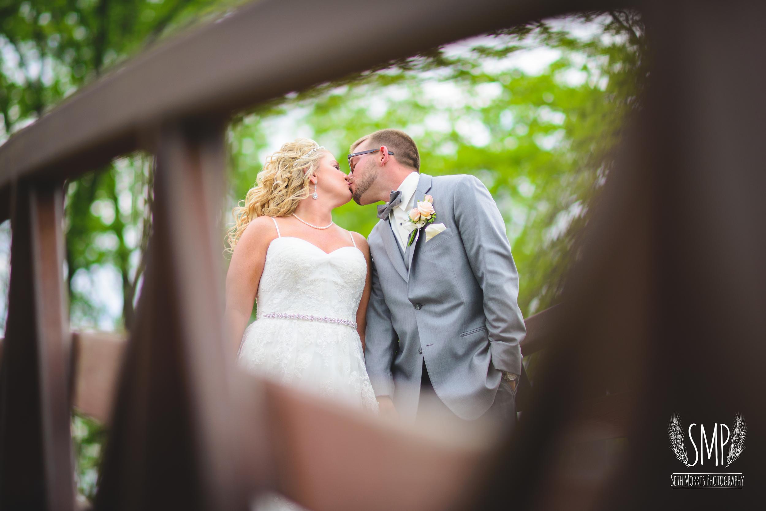 morris-country-club-spring-wedding-photographer-52.jpg