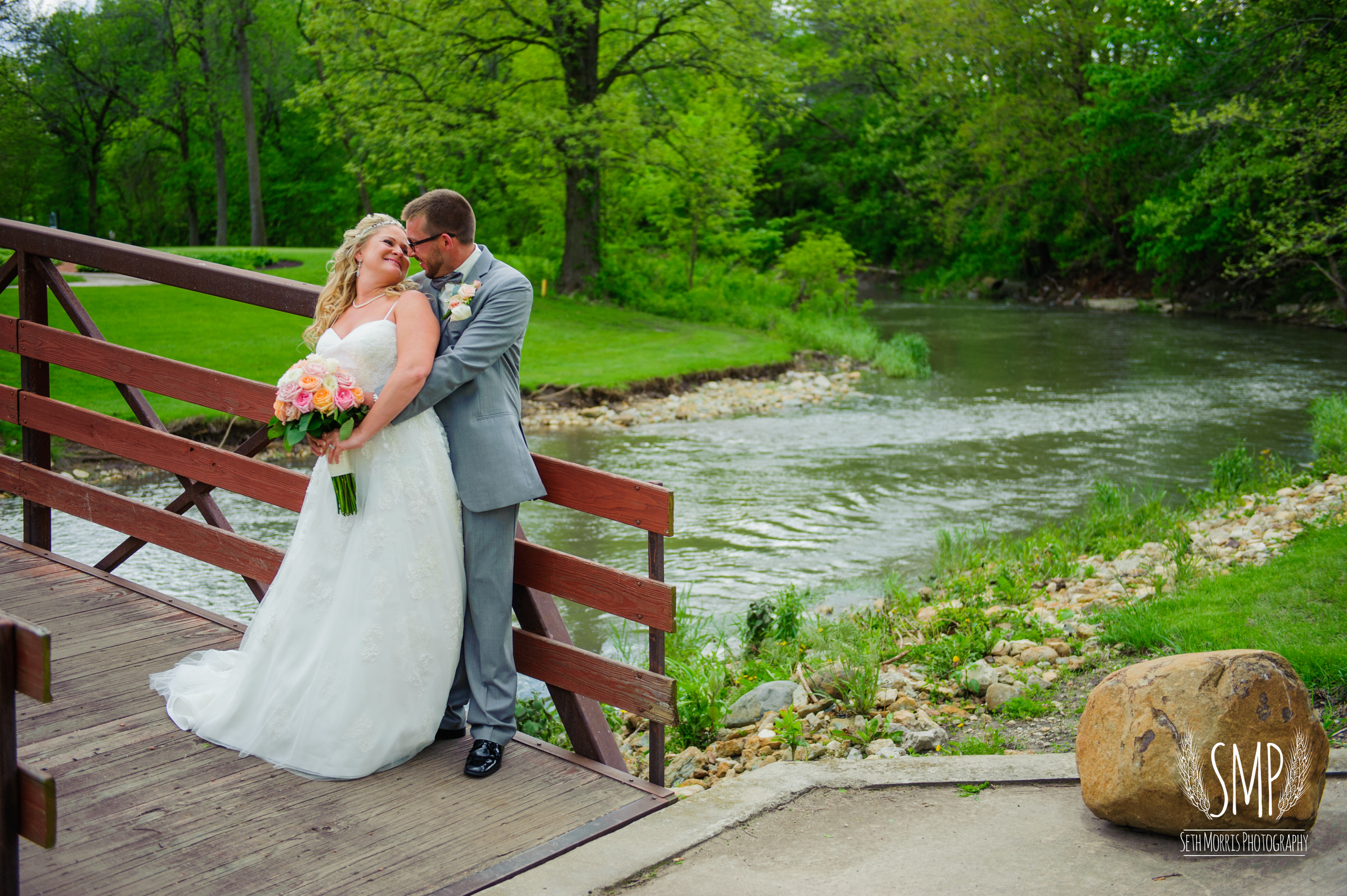 morris-country-club-spring-wedding-photographer-58.jpg
