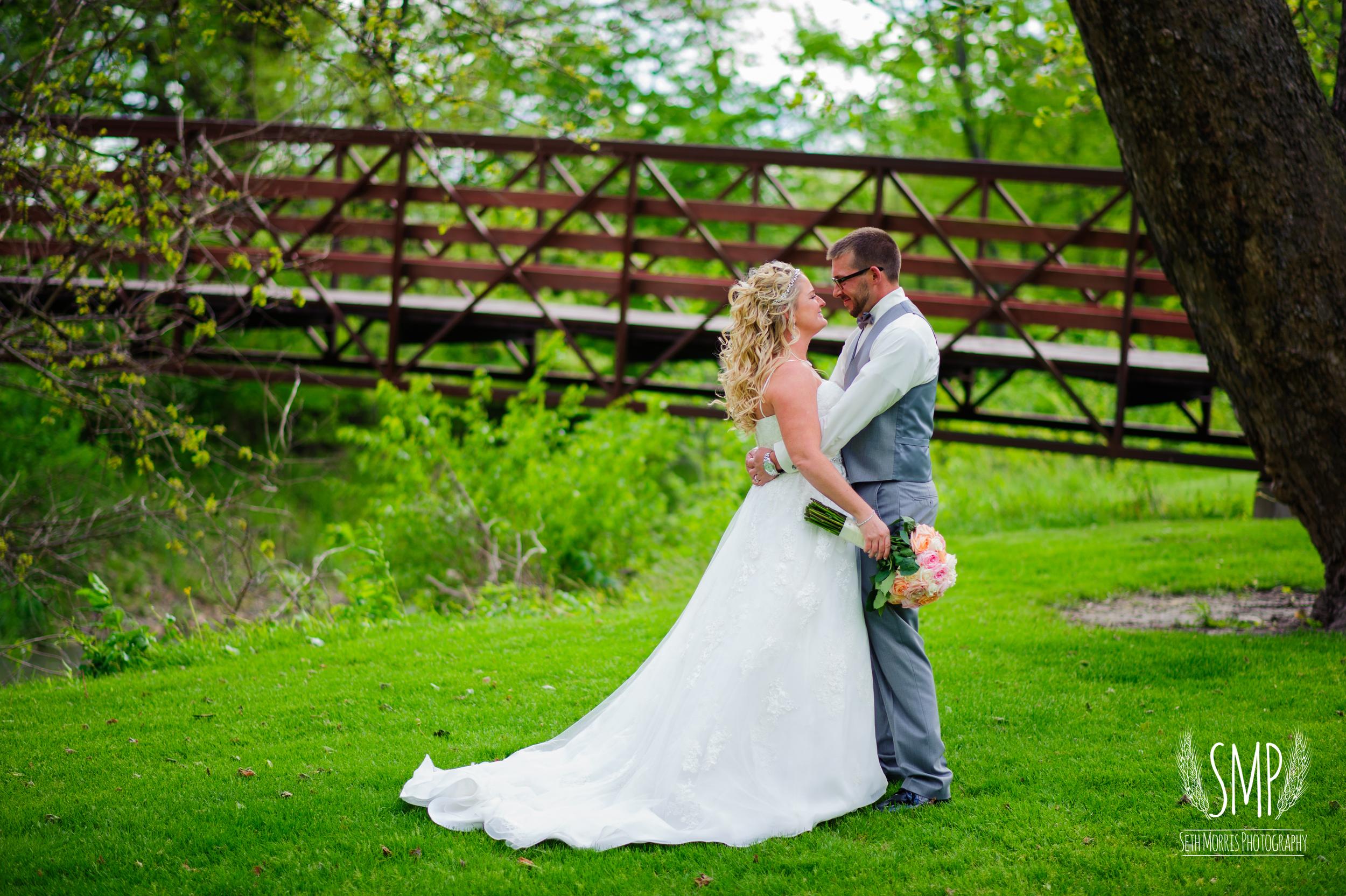 morris-country-club-spring-wedding-photographer-73.jpg