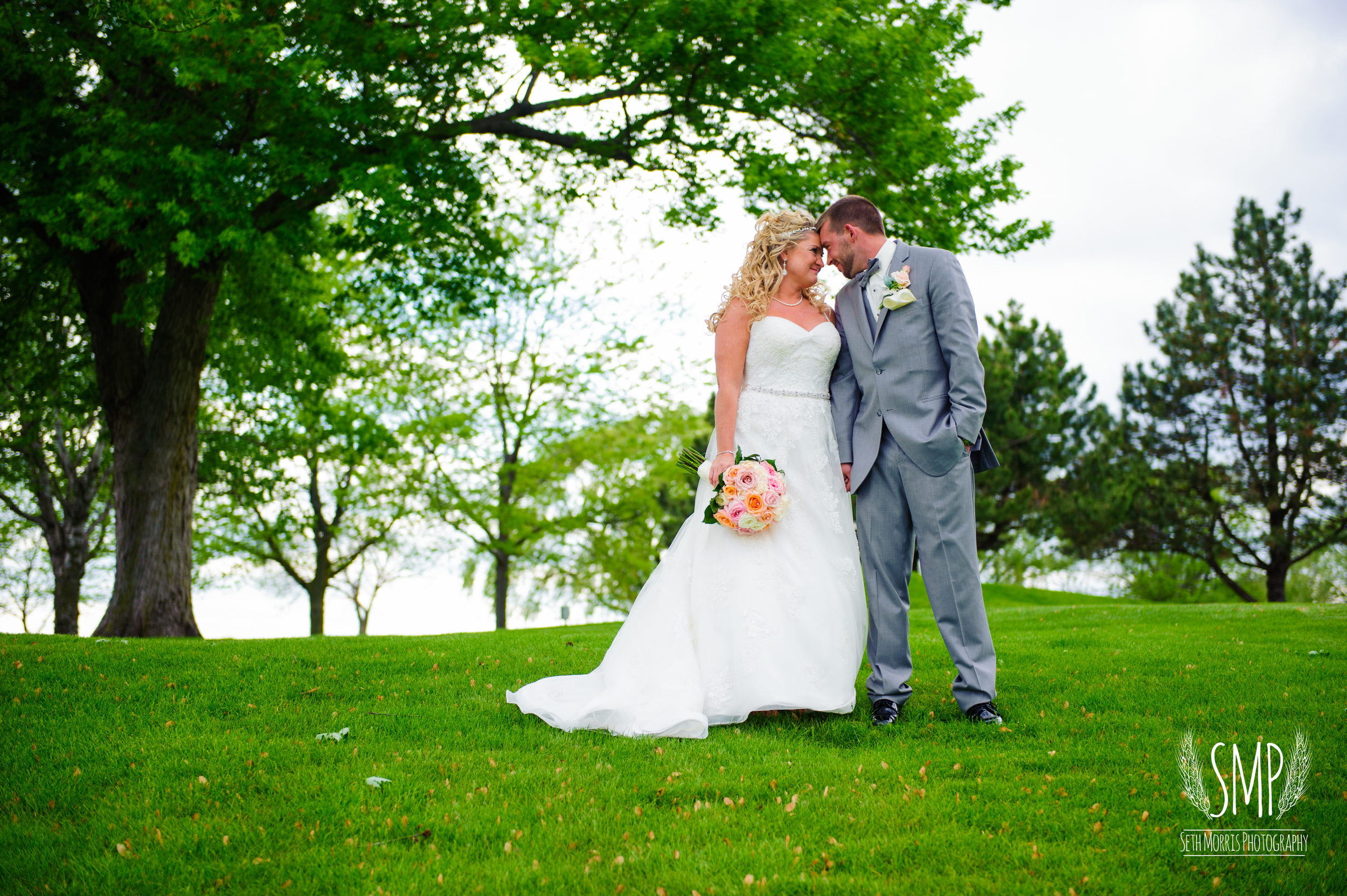 morris-country-club-spring-wedding-photographer-77.jpg