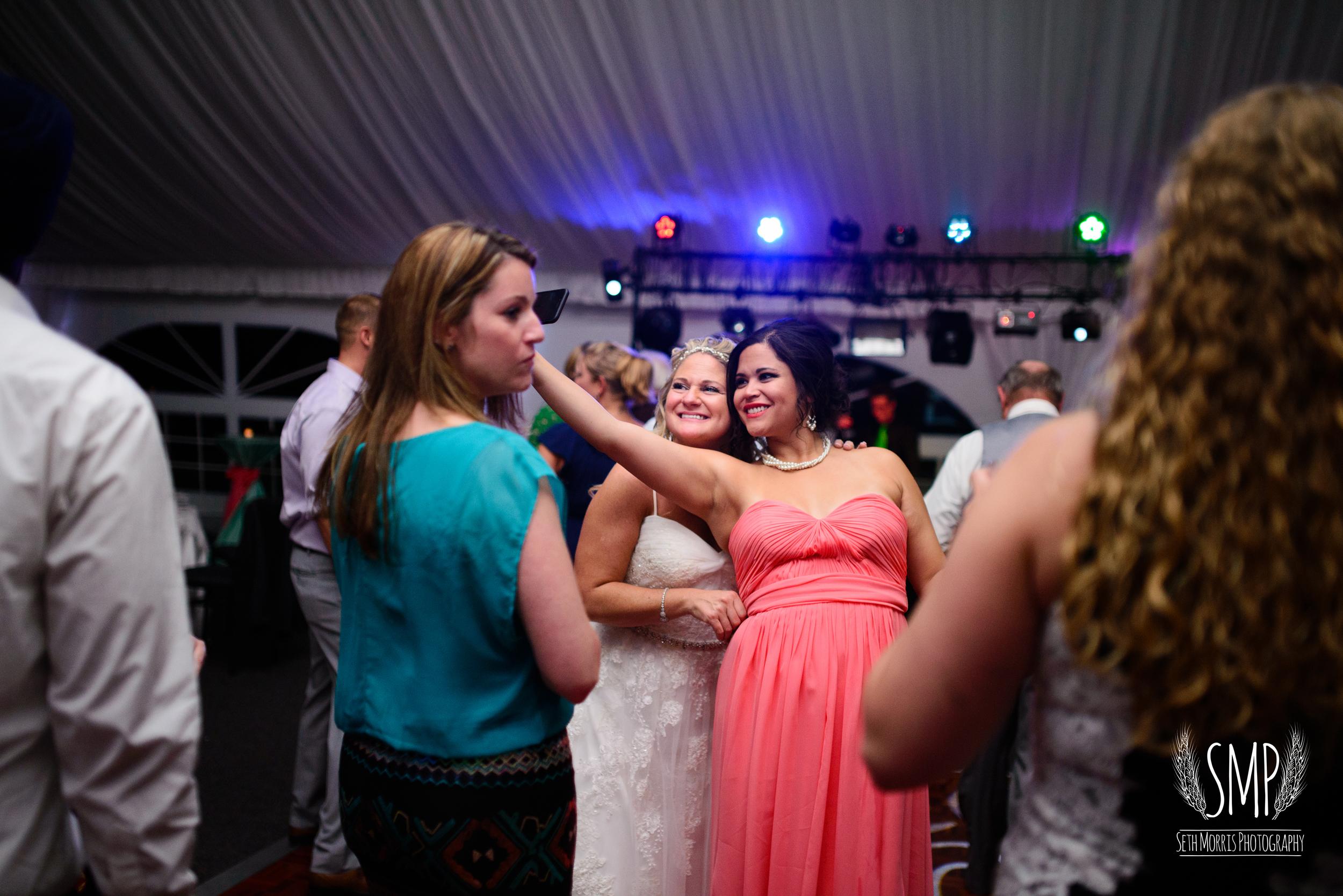 morris-country-club-spring-wedding-photographer-114.jpg